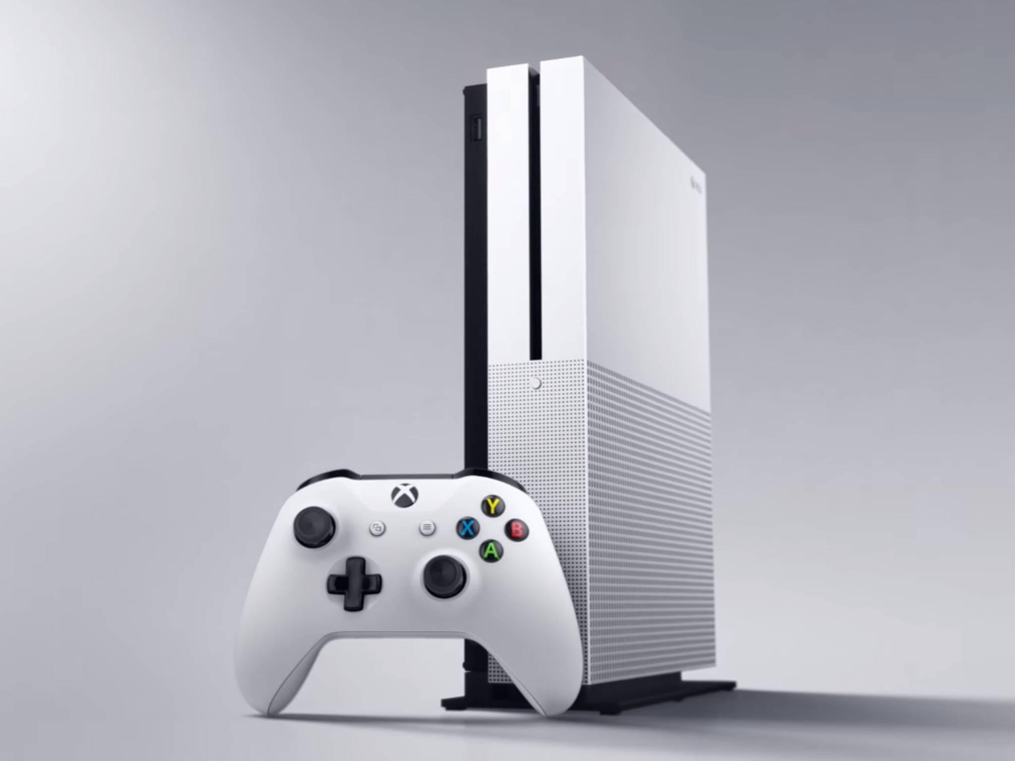 Die Xbox One S spielt Ultra HD Blu-rays ab.