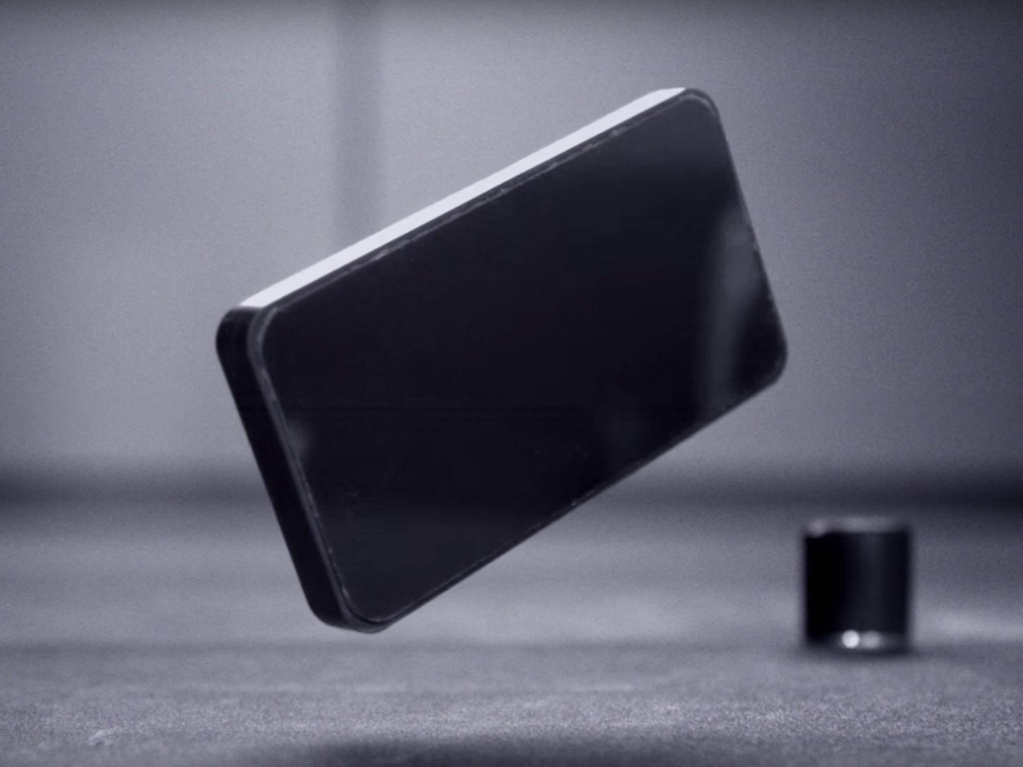 Corning Gorilla Glass 5 schützt das Smartphone-Display vor Stürzen aus einer Höhe von 1,6 Metern.