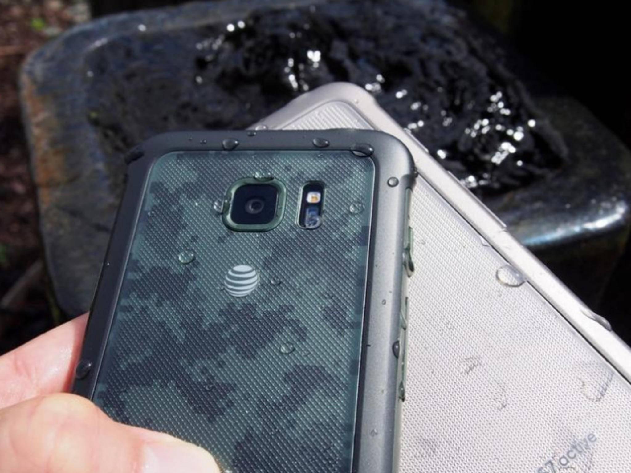 Wasserdicht oder nicht? Samsung verteidigt das Galaxy S7 Active.