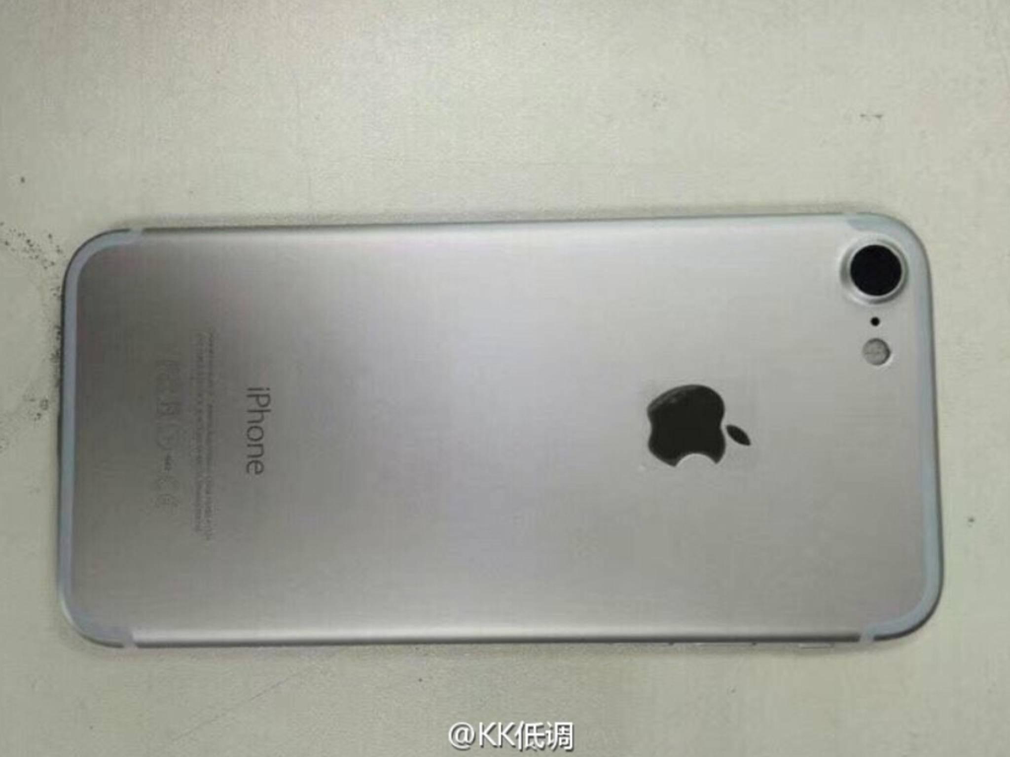Ein angebliches iPhone 7 in der Variante Space Grau.