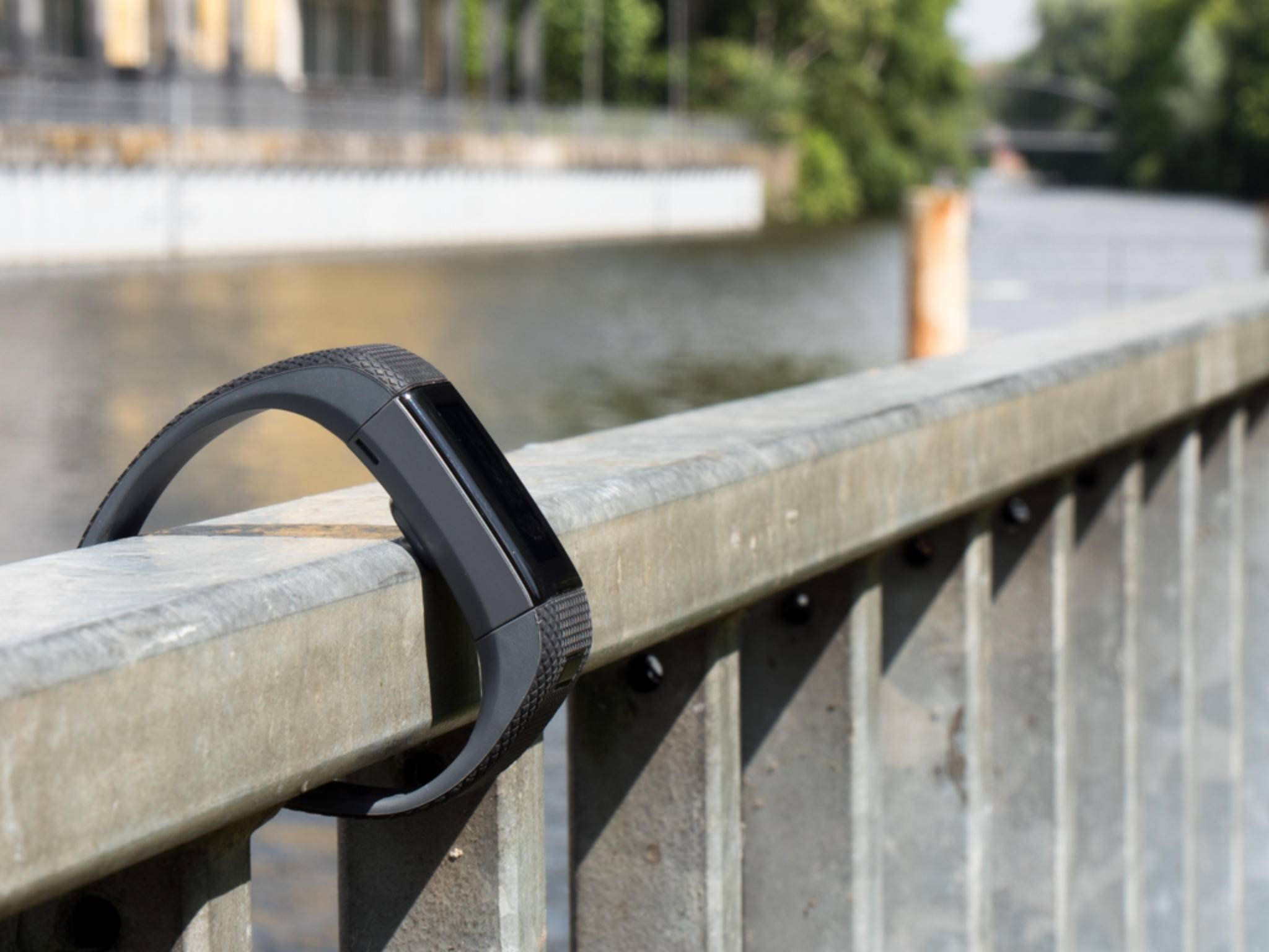 Fitness-Tracker sind praktisch, aber manchmal bauen sie beim Laufen unnötig viel Druck auf.