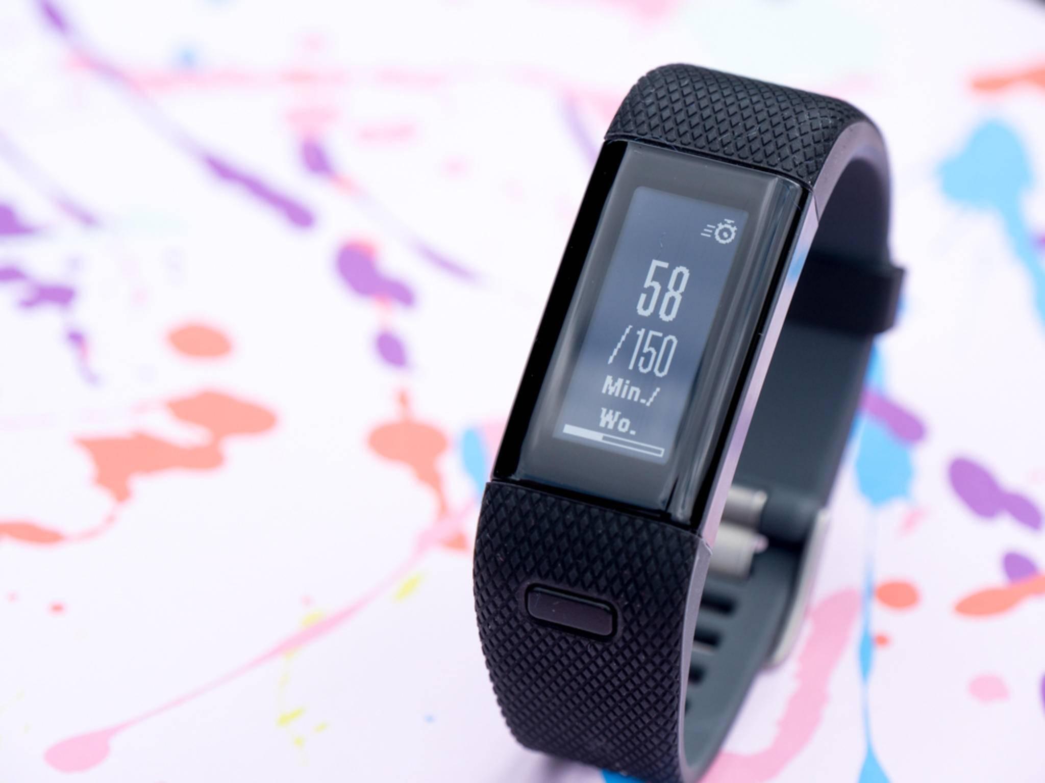 Das Plus der Garmin Vivosmart HR+ steht für ihre GPS-Funktion.