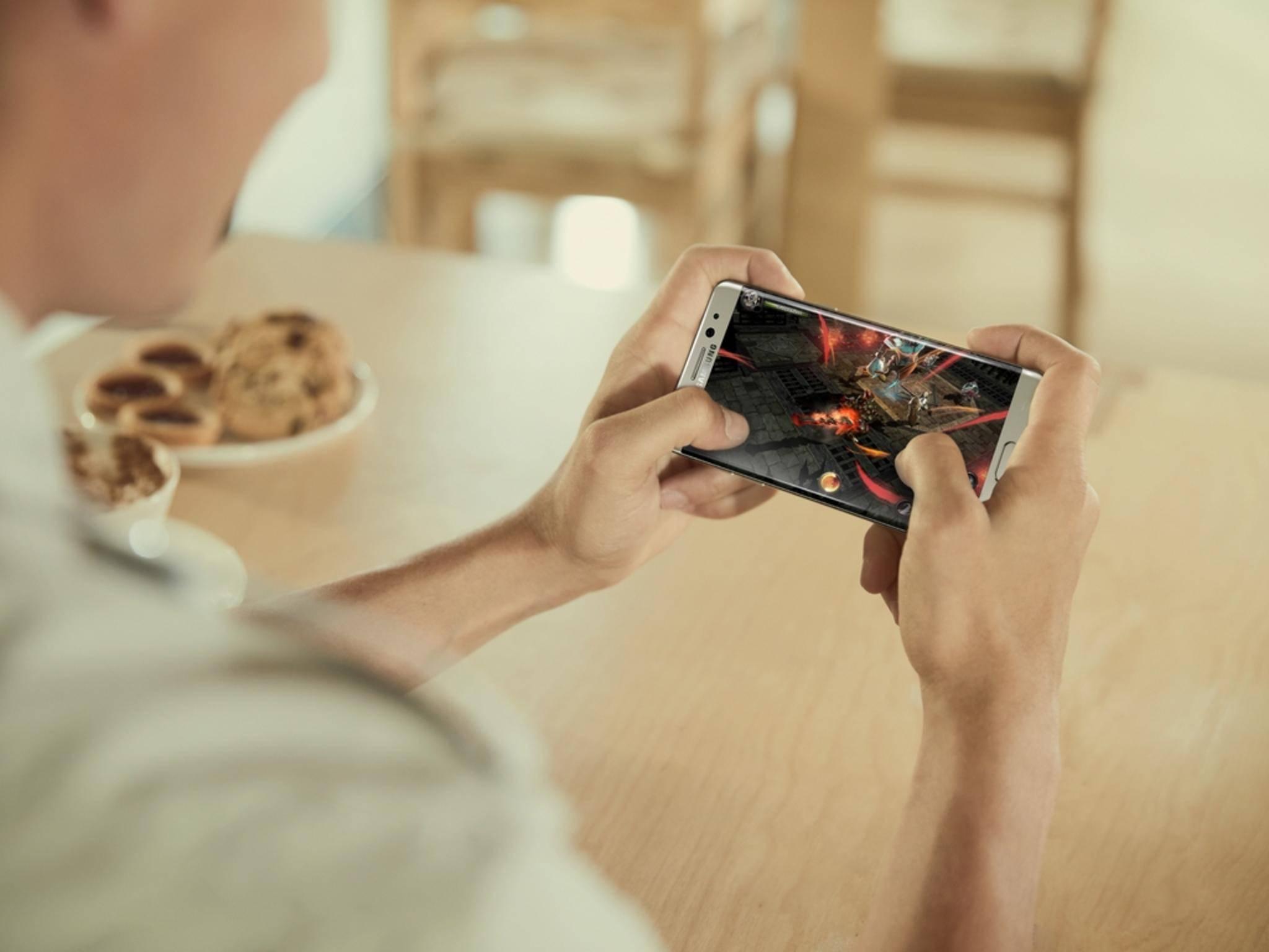 Wie schlägt sich das Galaxy Note 7 gegen das iPhone 6s?