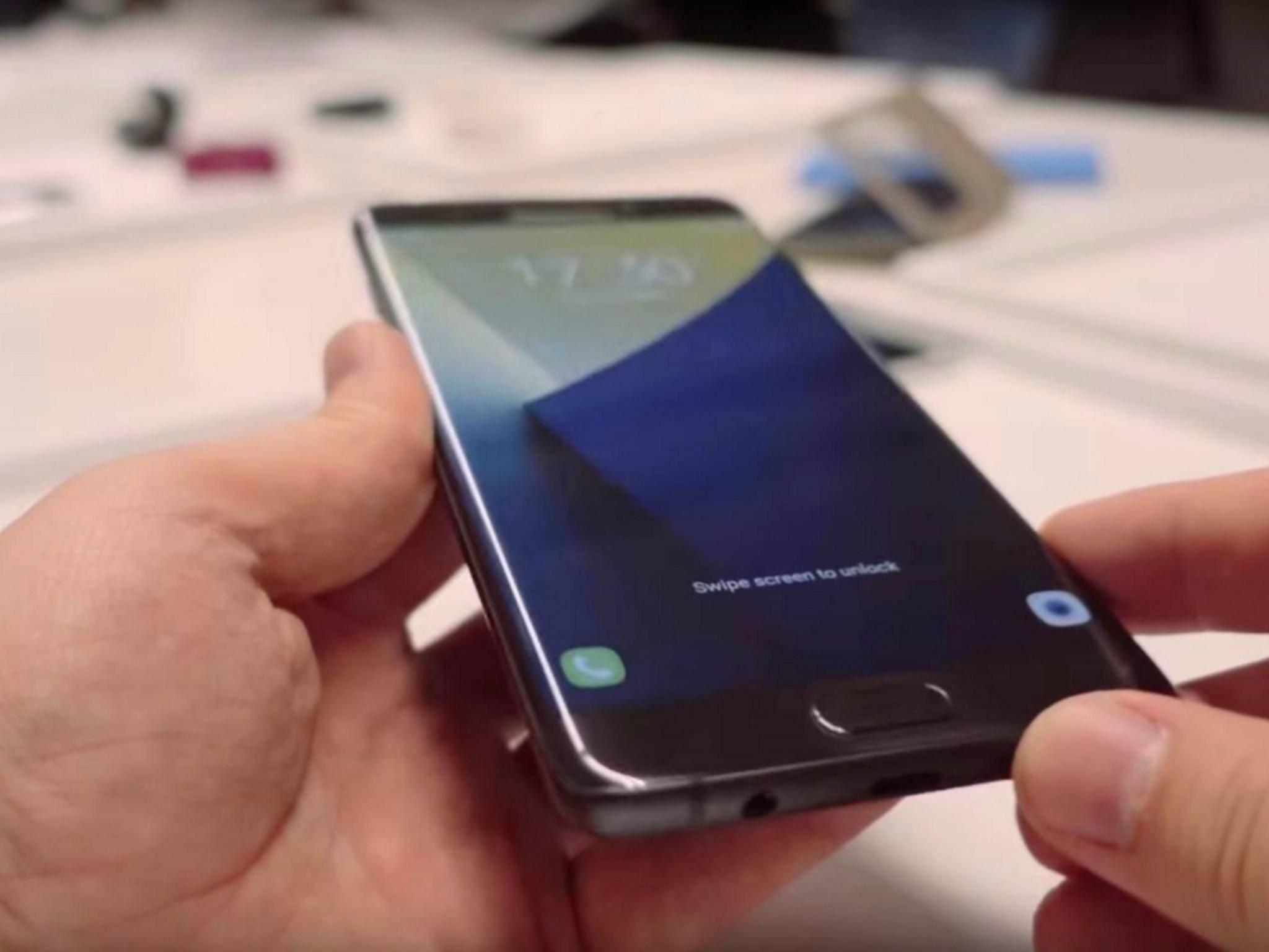 Das Galaxy Note 7 soll beim Aufladen angeblich leicht explodieren können.