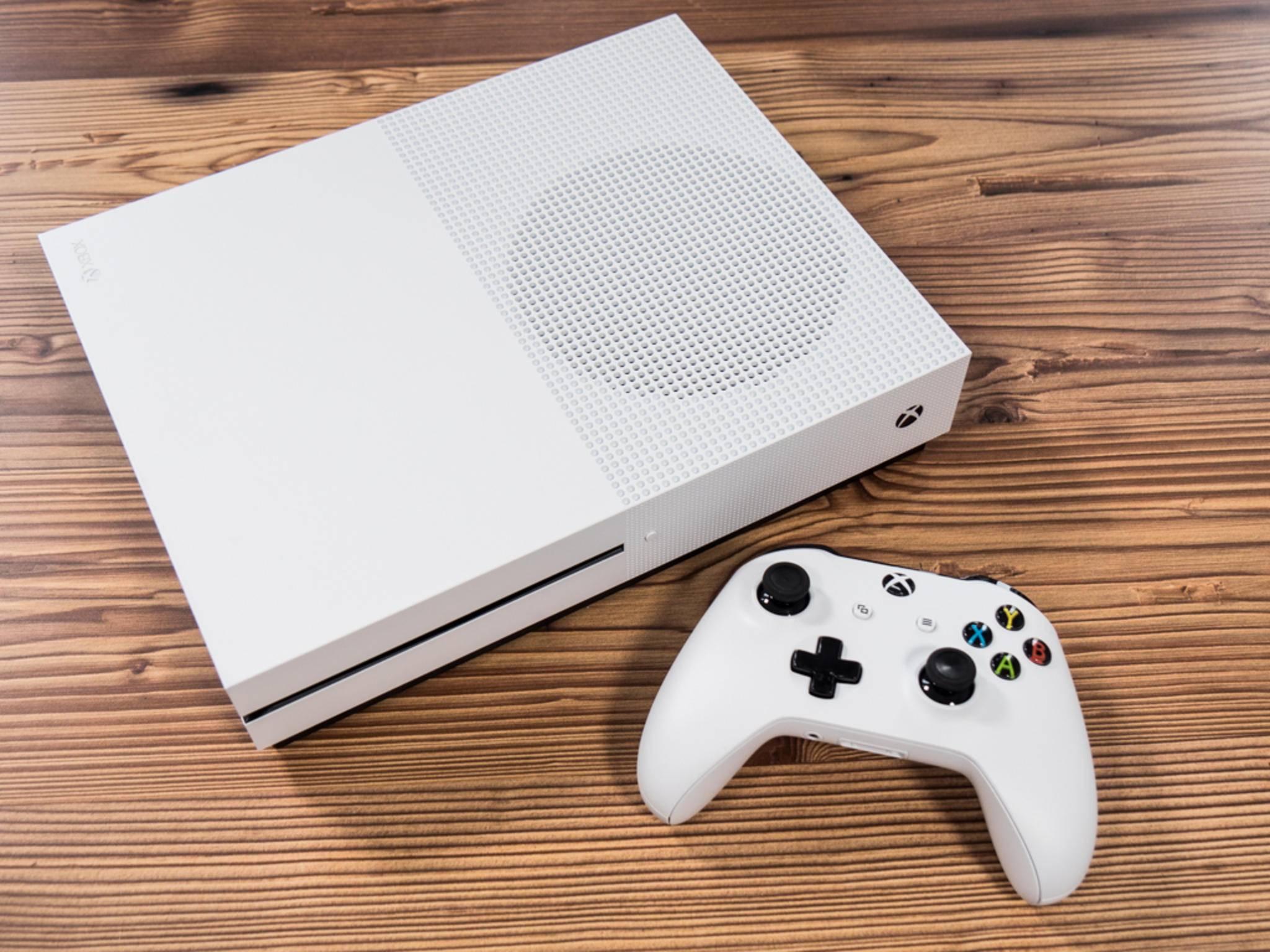 Xbox One S 28