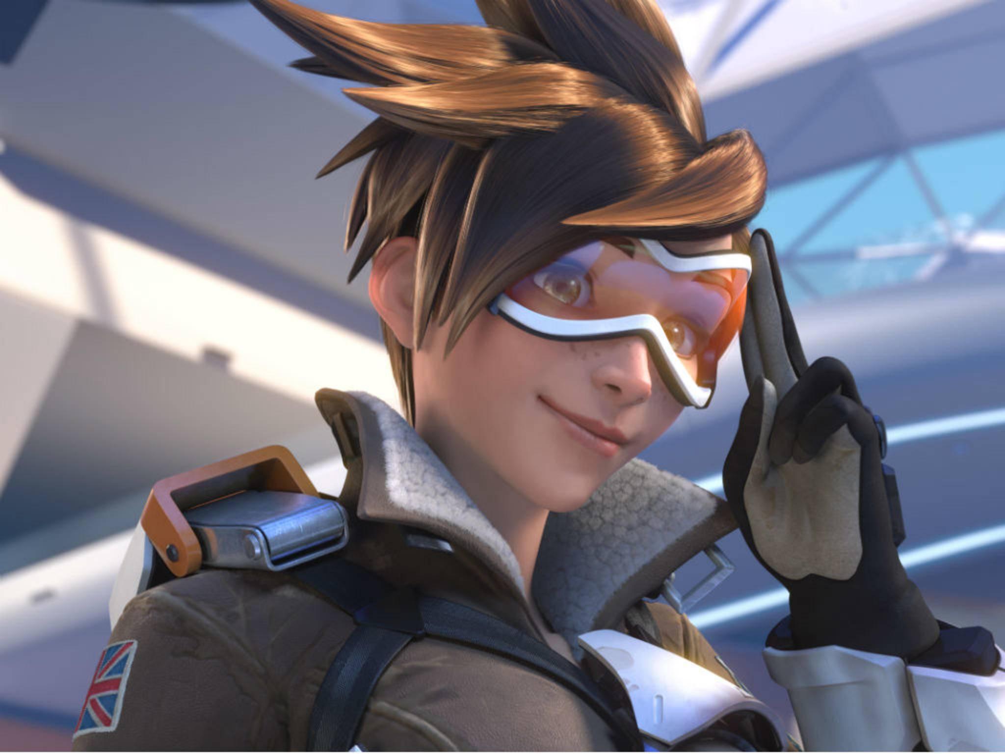 """Tracer ist eine der schnellsten und vielseitigsten Charaktere bei """"Overwatch""""."""