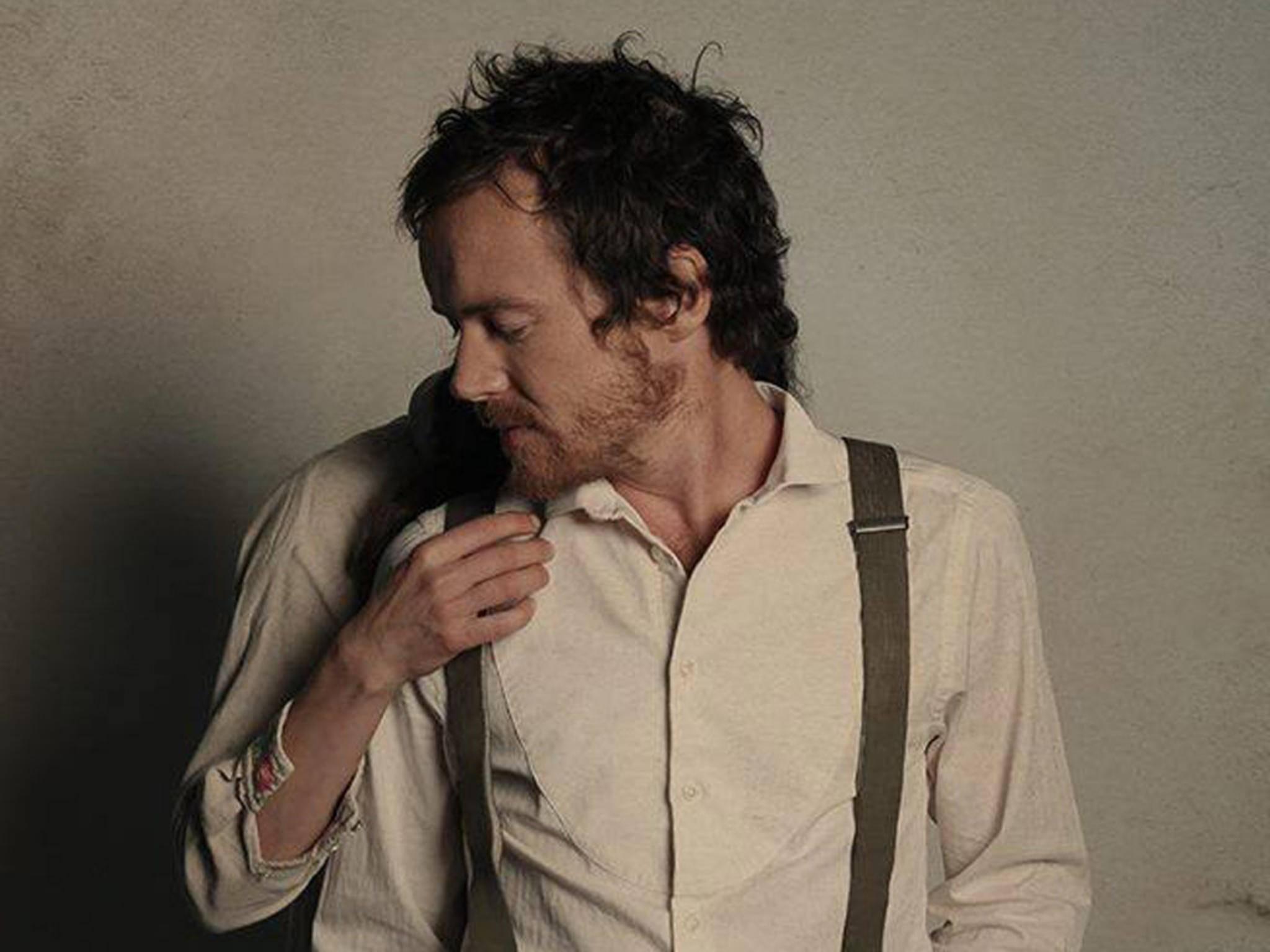 Auch der irische Singer-Songwriter Damien Rice kennt sich mit Herzschmerz aus.