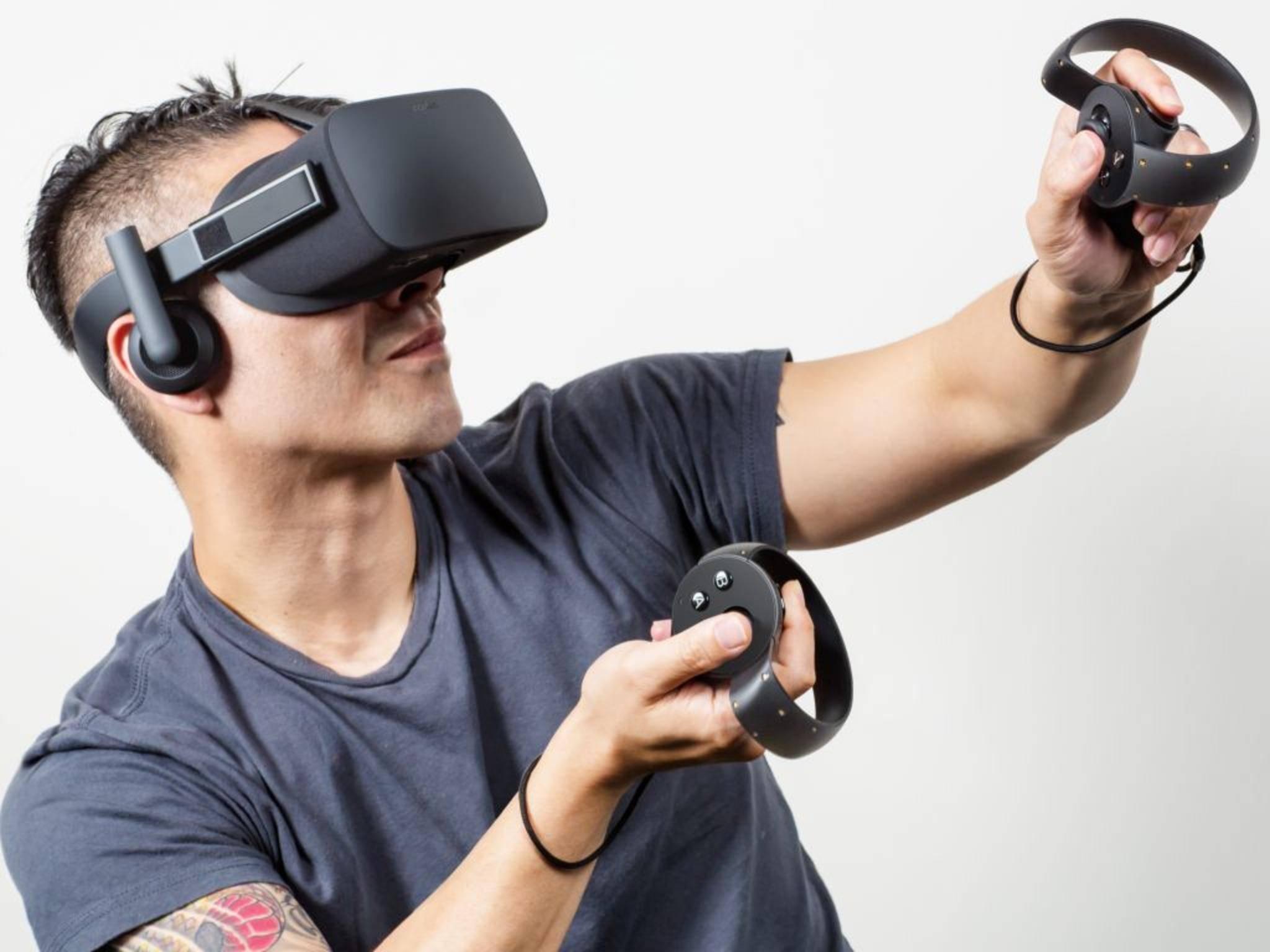 Die Oculus Touch-Controller simulieren virtuelle Hände.