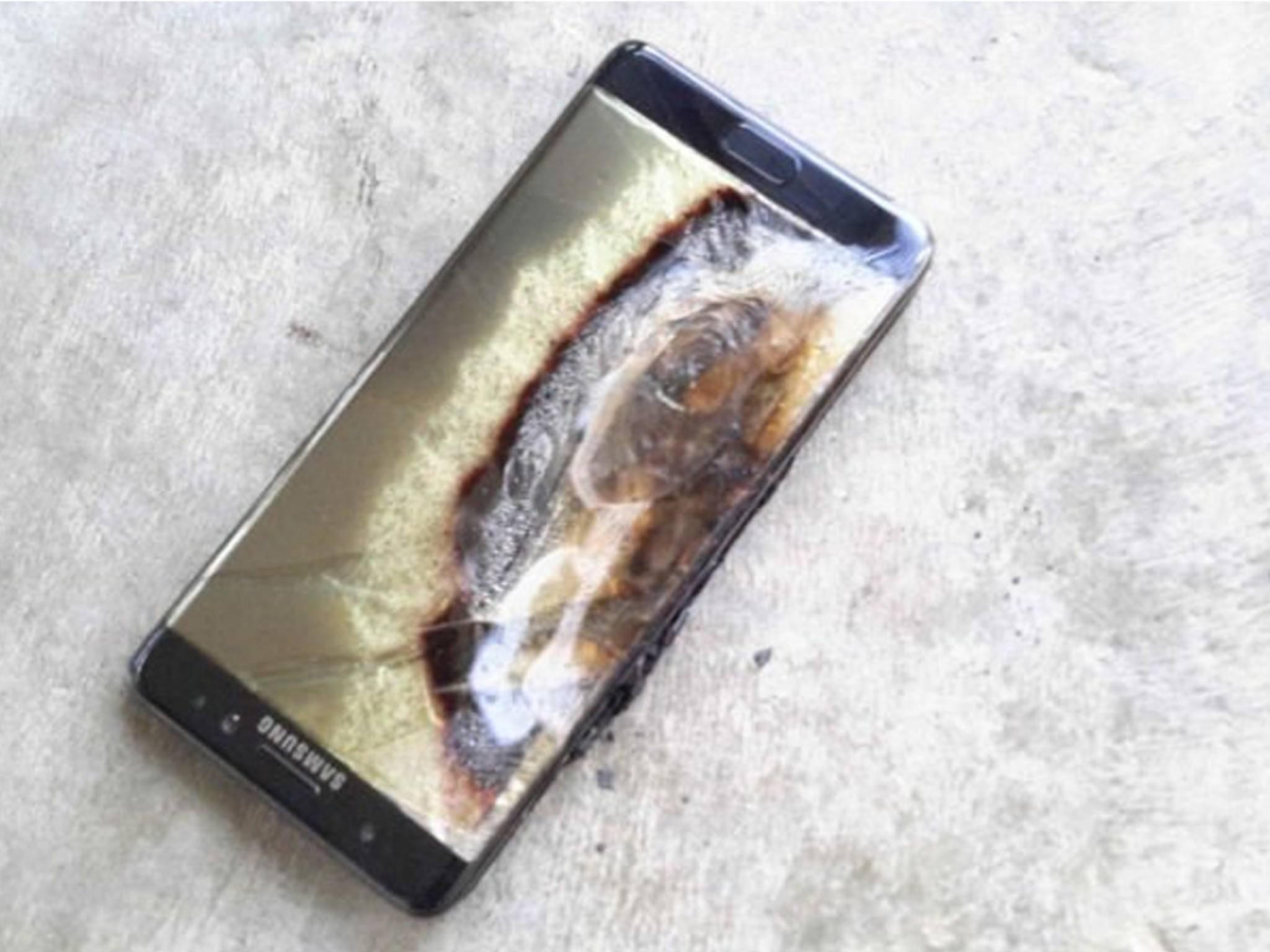 In einem Labor wurde jetzt getestet, wie viel Druck das Galaxy Note 7 aushält.