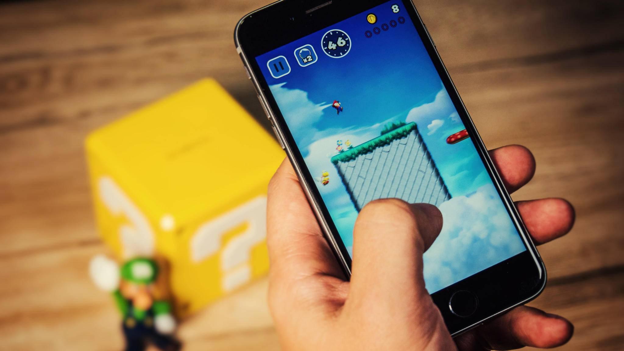 """""""Super Mario Run"""" macht nicht nur auf herkömmlichen iPhones eine gute Figur, sondern auch auf dem iPhone X."""