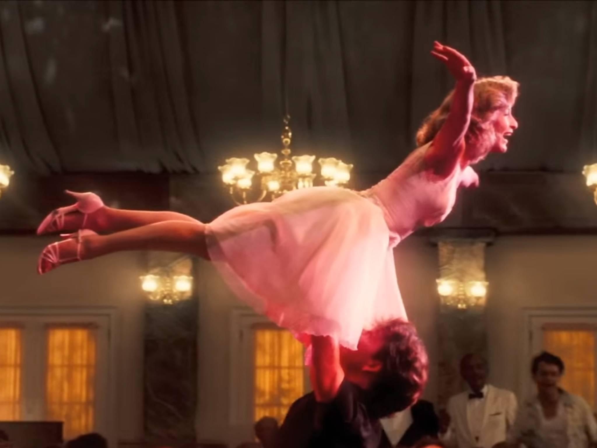 """""""Dirty Dancing"""": Ganz offensichtlich hatte Jennifer Grey hier die """"Zeit ihres Lebens""""."""