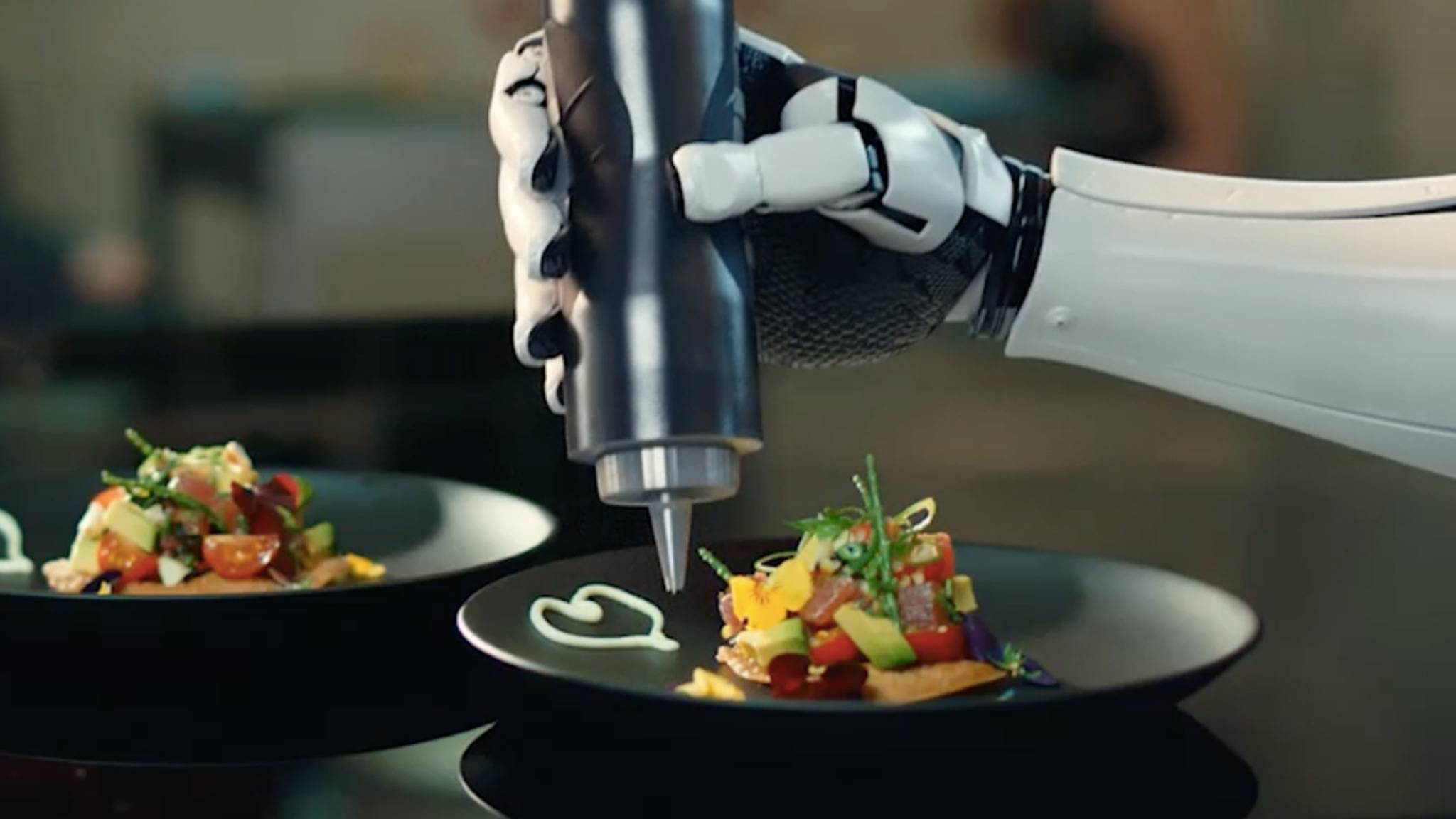 Roboter als Küchenchefs? In Zukunft könnten wir uns daran vielleicht gewöhnen...