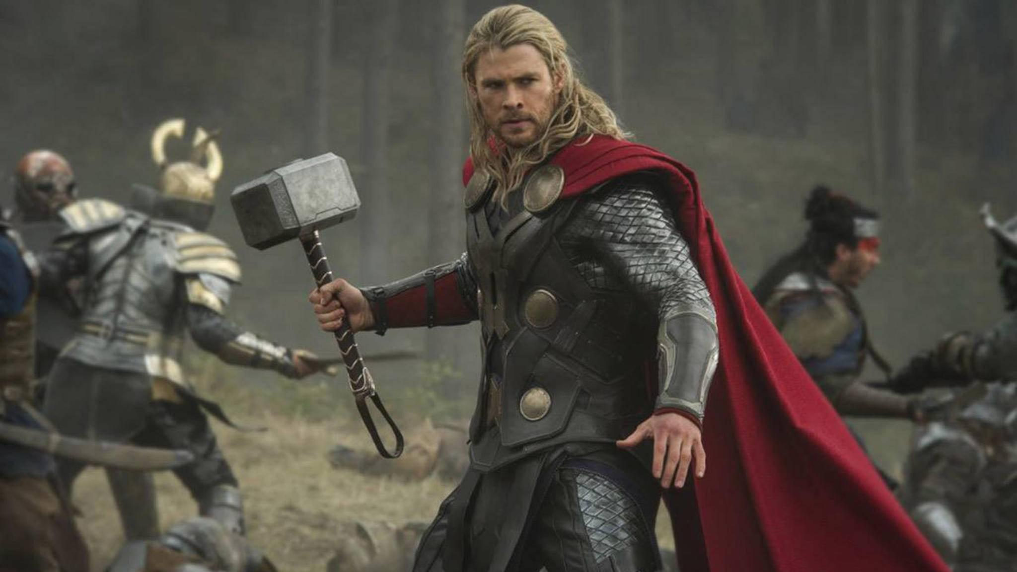 Vom Schlachtfeld ins Museum: Thors Hammer (links im Bild) hängt demnächst in einer australischen Kunstgalerie.