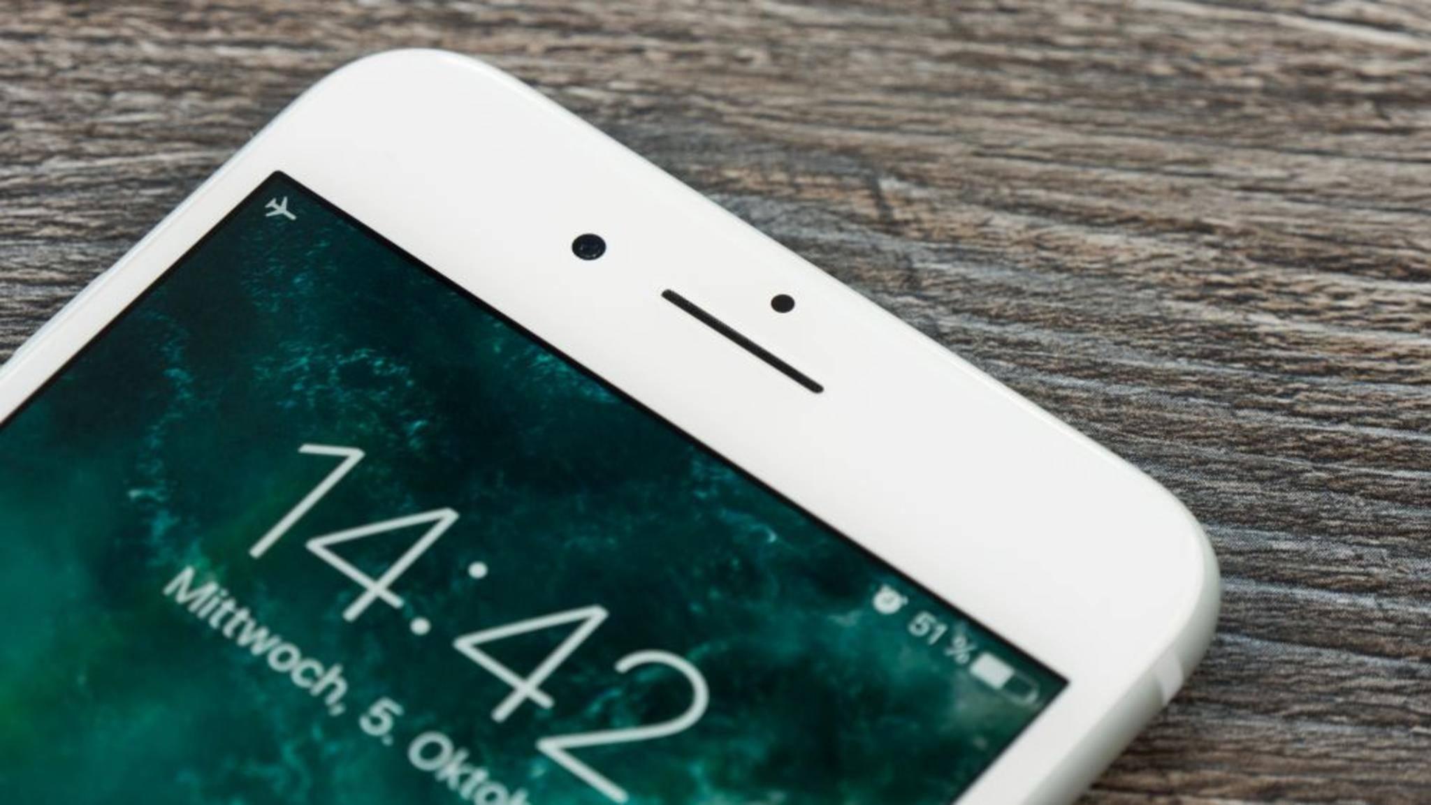 Für einen vollen Akku braucht das iPhone 7 viel Zeit an der Steckdose.