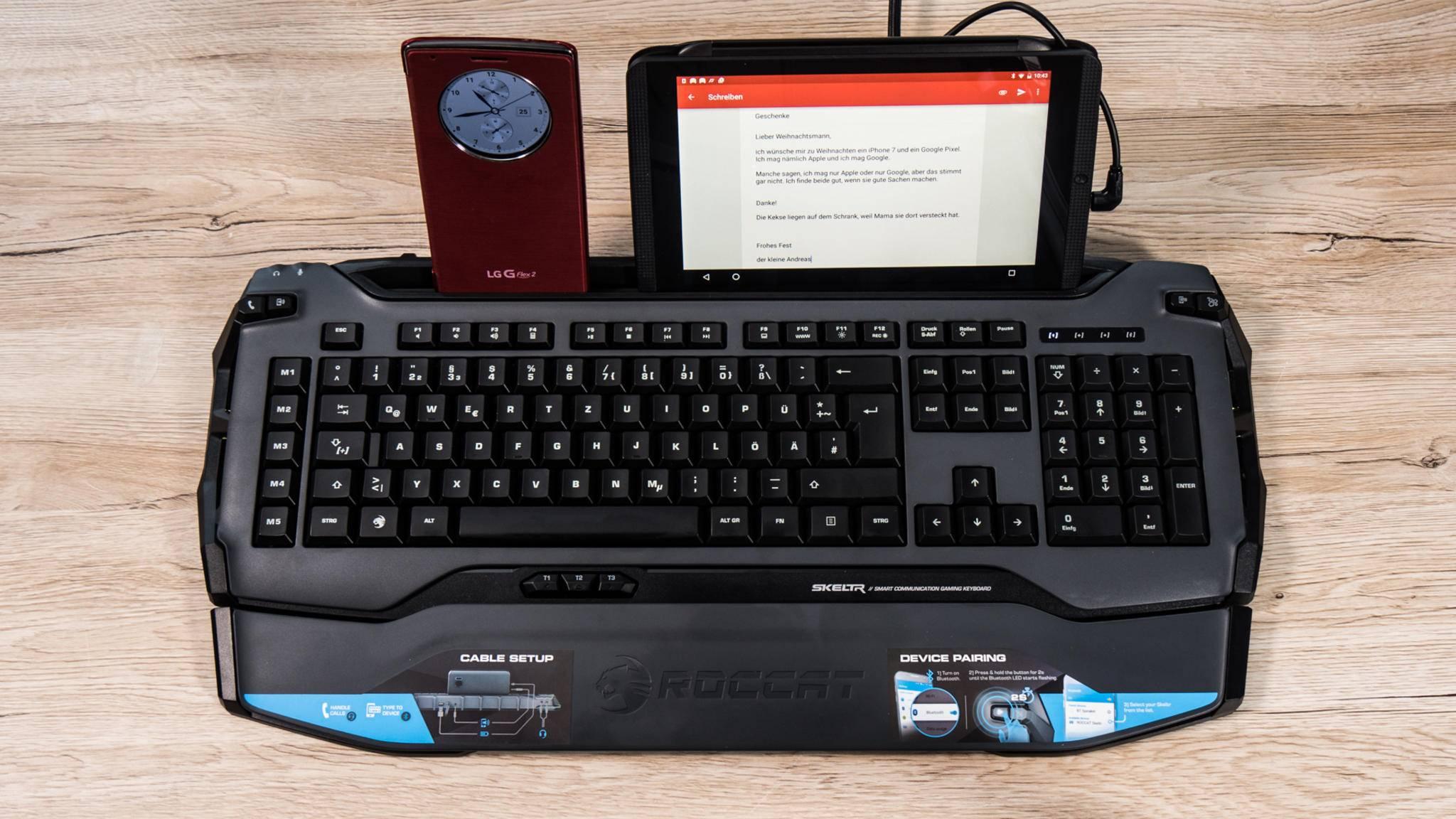 Mit der Gaming-Tastatur Roccat Skeltr kannst Du auch auf Smartphone und Tablet schreiben.