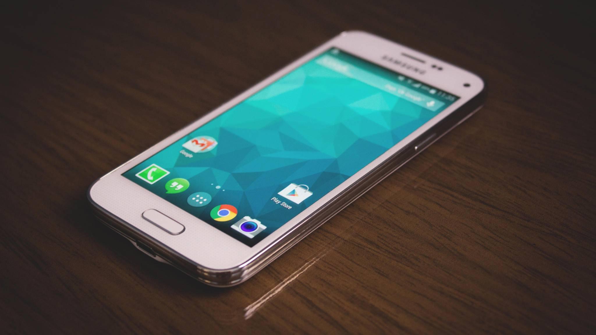 Das Galaxy S5 Mini aus dem Jahr 2014 ist das bislang letzte Kompakt-Smartphone von Samsung.