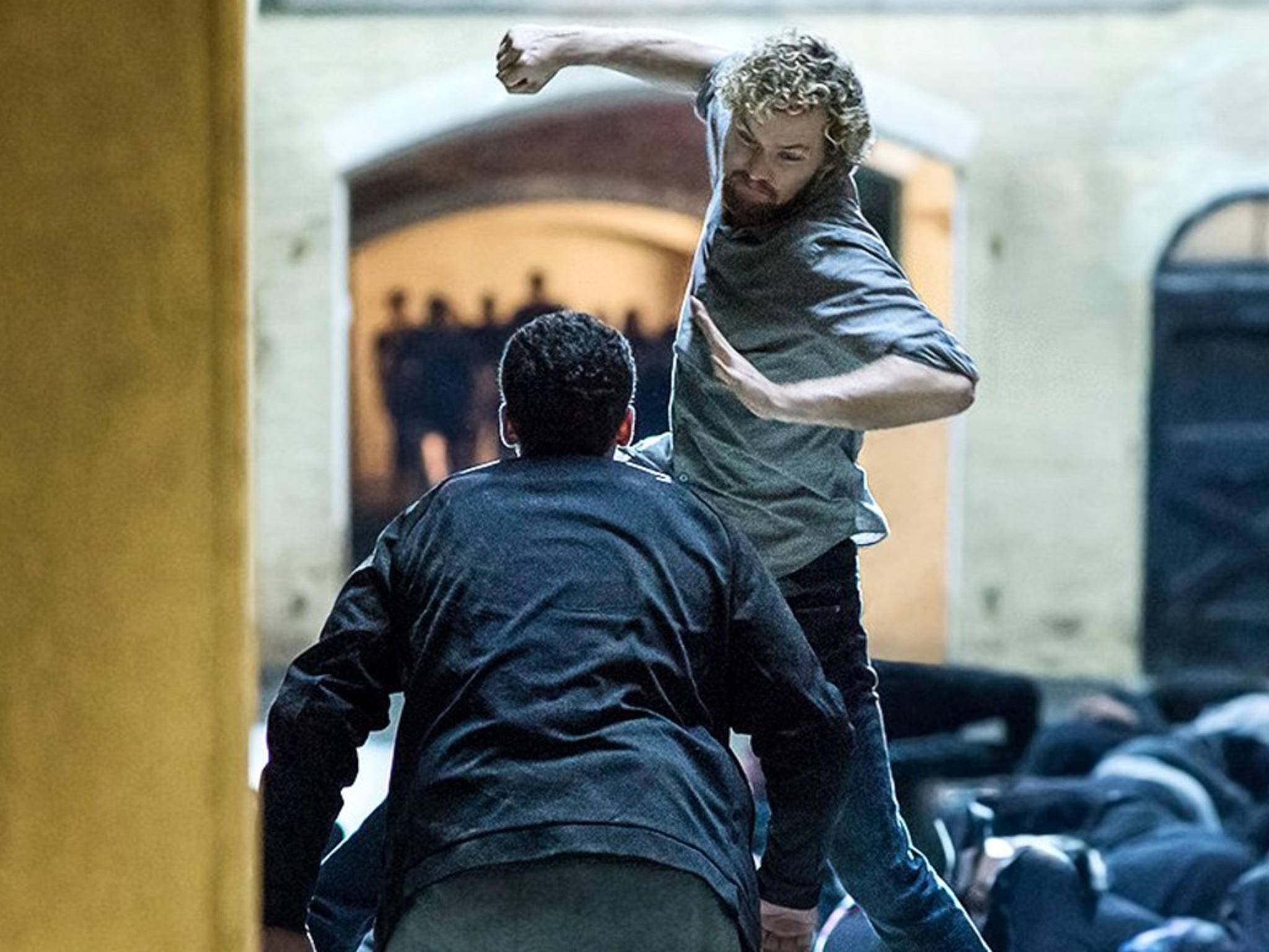 """Iron Fist"": Finn Jones in Action!"
