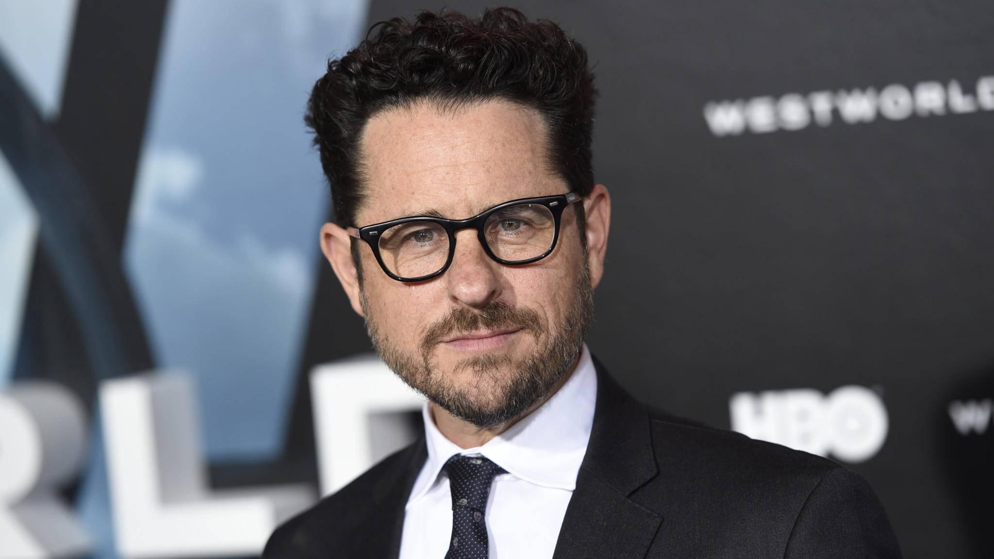 Es geht voran: J.J. Abrams teasert die Produktion von Episode 9 an.