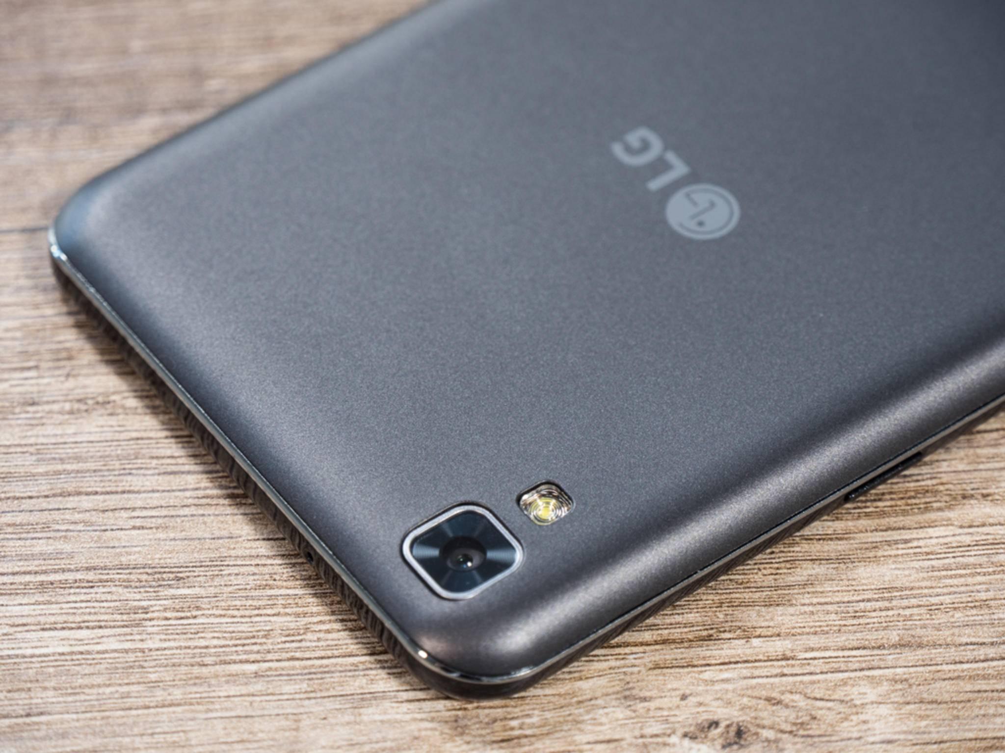LG X Power 05.jpg