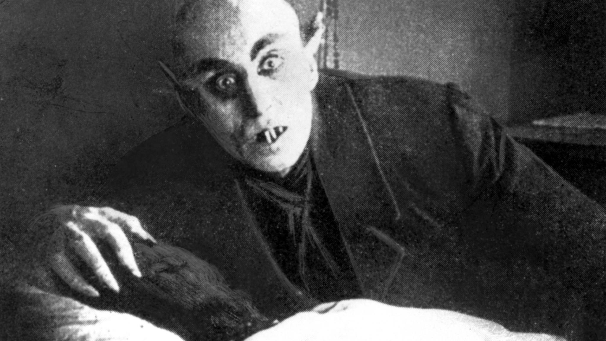 """Max Schreck war der erste Dracula-Darsteller, auch wenn er Graf Orlok heißen musste. Hier in """"Nosferatu"""" (1922)."""