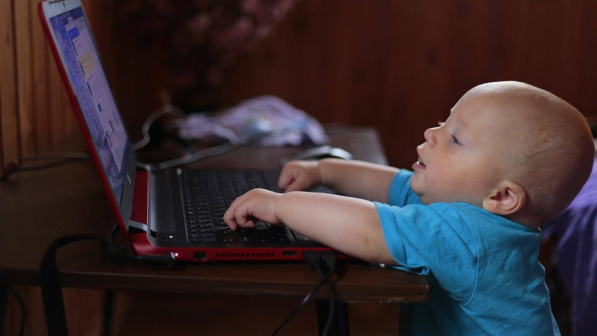 Wenn er groß ist, sind die Daten auf dem Laptop nicht mehr lesbar.