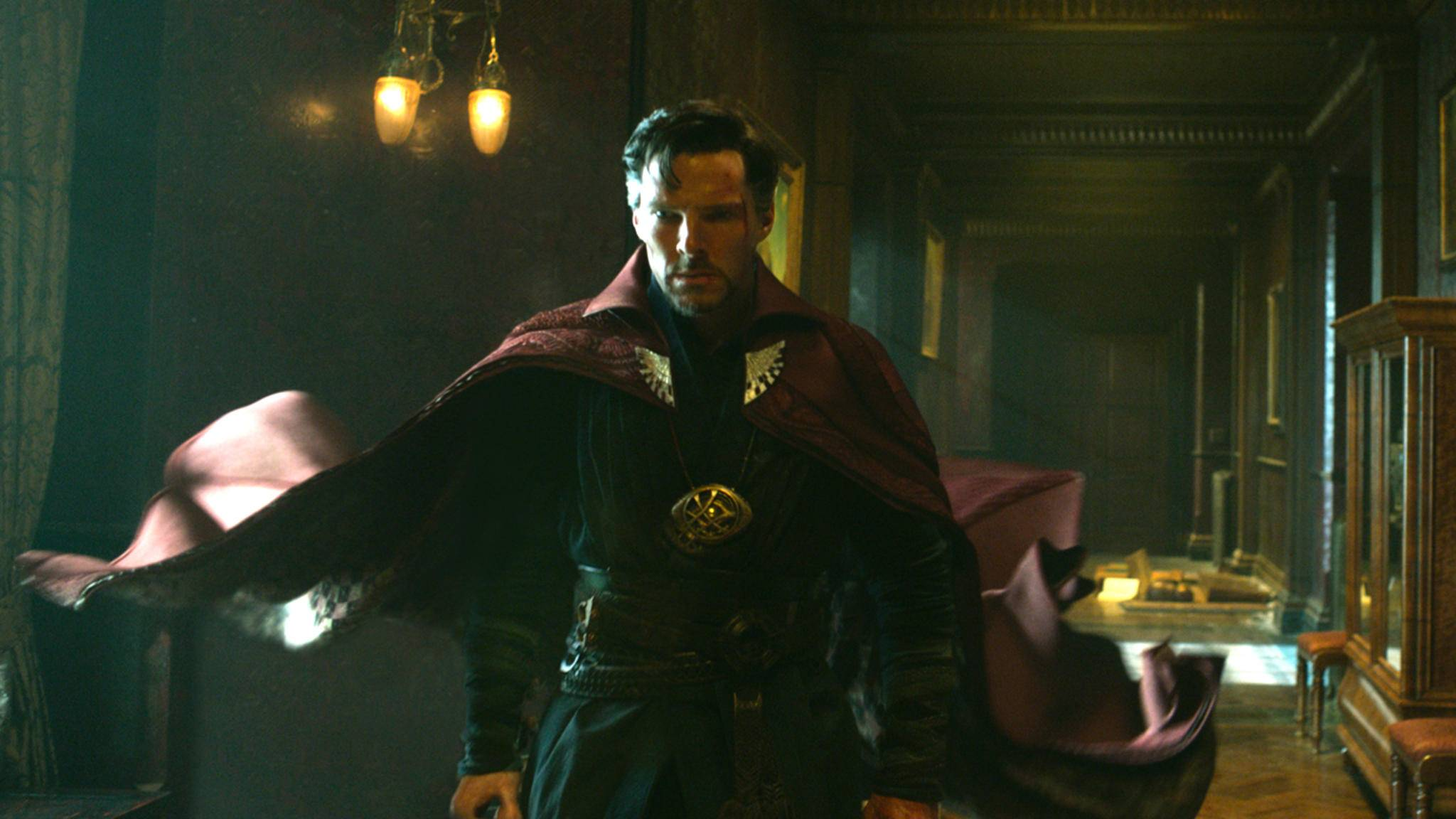 """Doctor Strange sah das """"Endgame"""" schon in """"Infinity War"""" voraus. Ein neuer Spot zum Blockbuster ehrt auch ihn."""