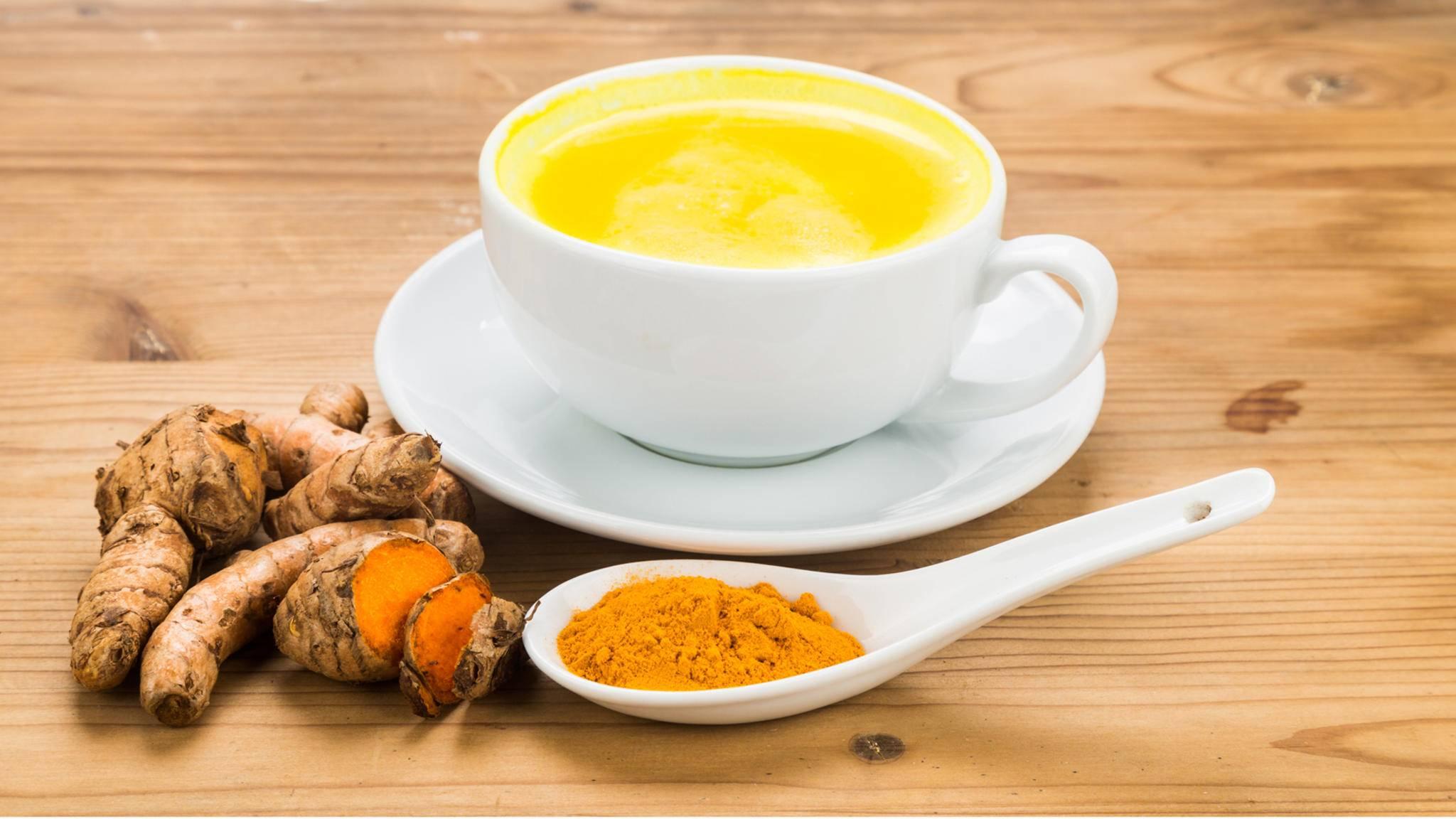 Goldene Milch: So gelingt Dir der perfekte Kurkuma Latte