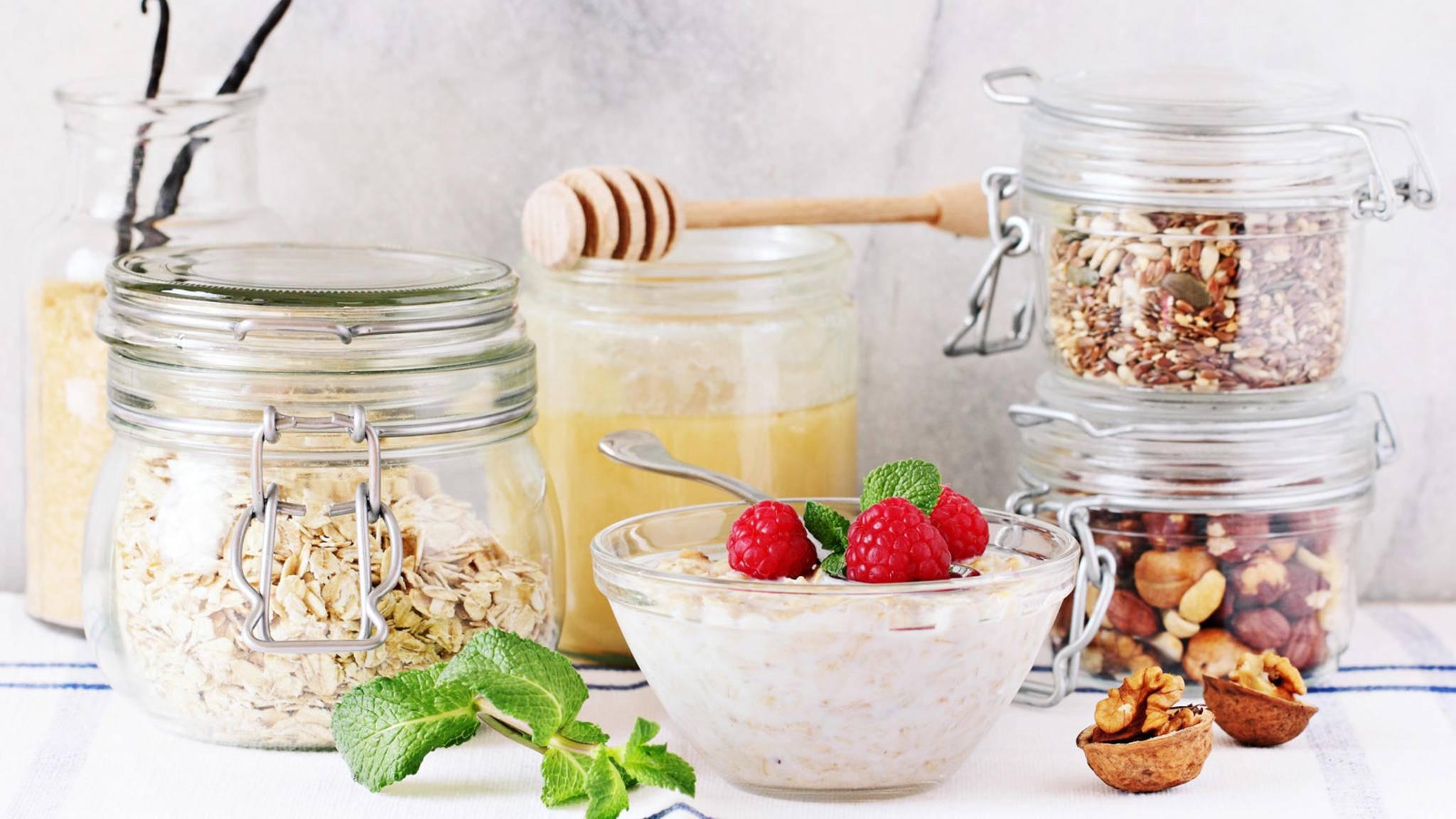 Haferflocken plus X: Overnight Oats machen Dein Frühstück reichhaltig und vielseitig!