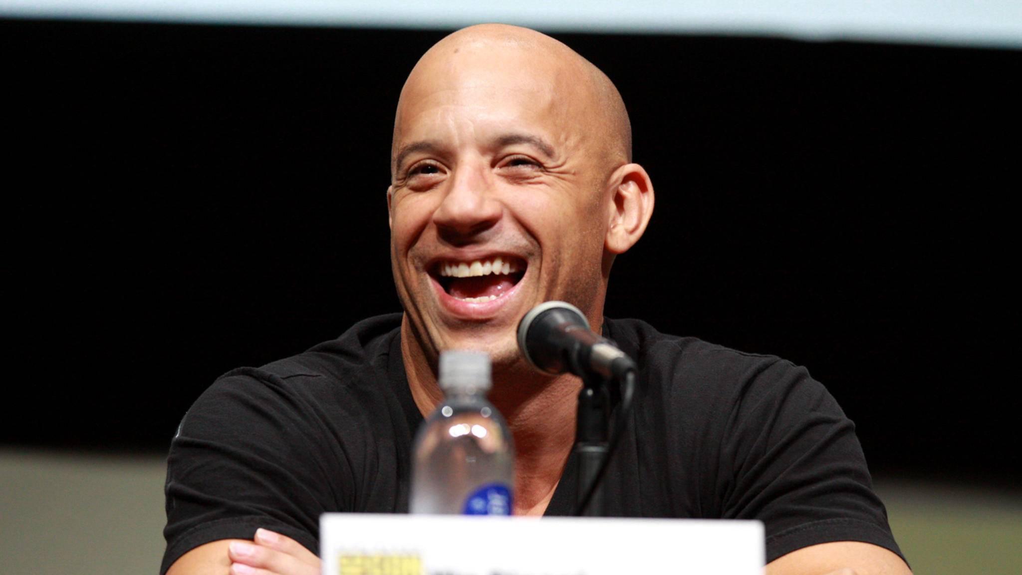 """Vin Diesel freut sich auf """"xXx – The Return of Xander Cage"""" und lässt seine Fans mit exklusiven Bildern daran teilhaben."""