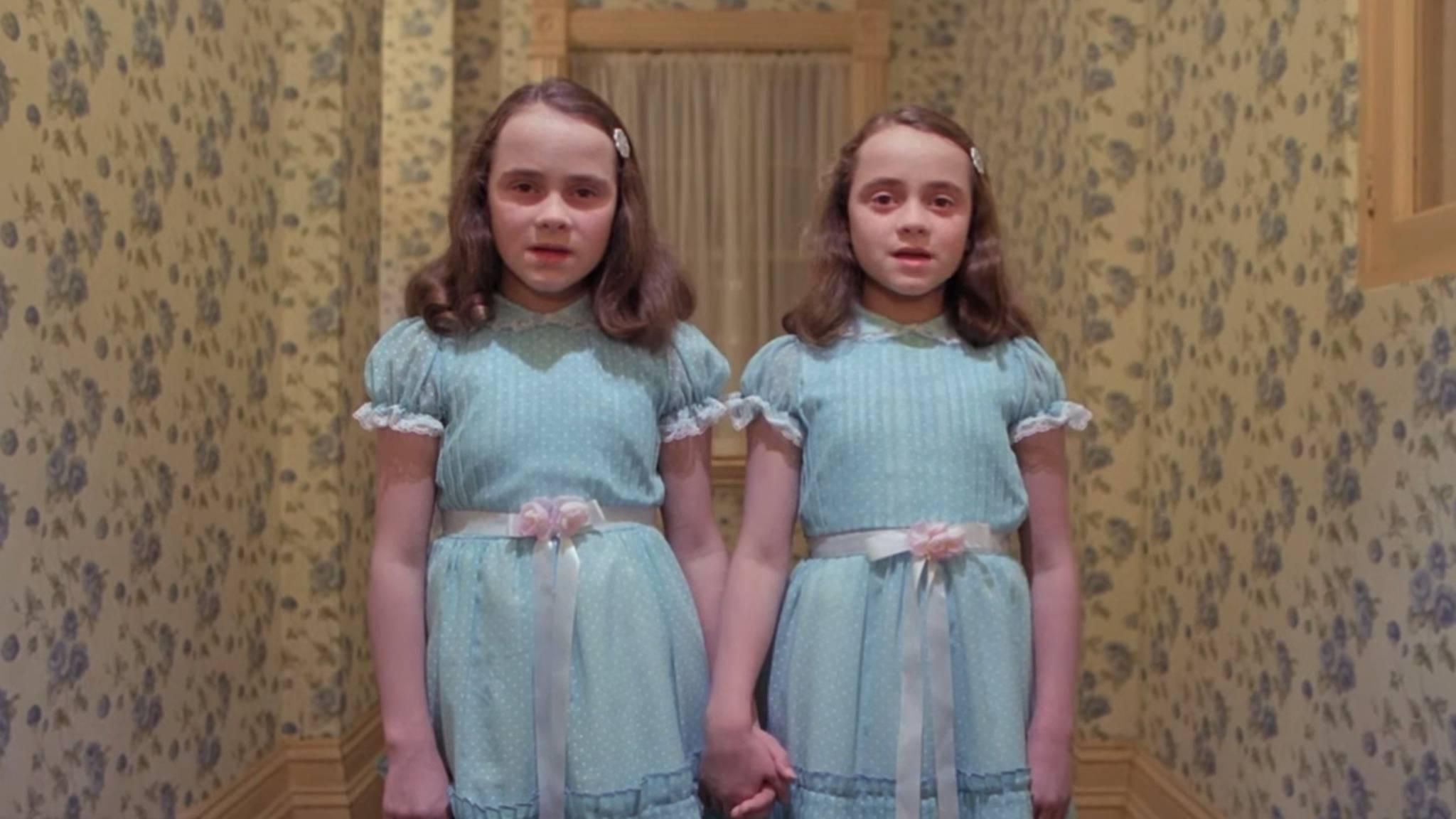 Die Grady-Twins zählen mit zu den gruseligsten Kindern aus Horror-Filmen.