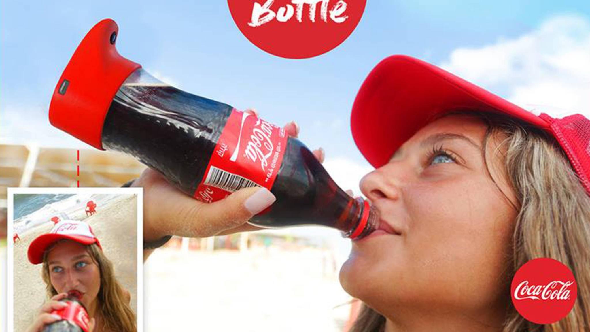 Coca-Cola schließt eine klaffende Lücke im Selfie-Markt: Selbstporträts beim Trinken!