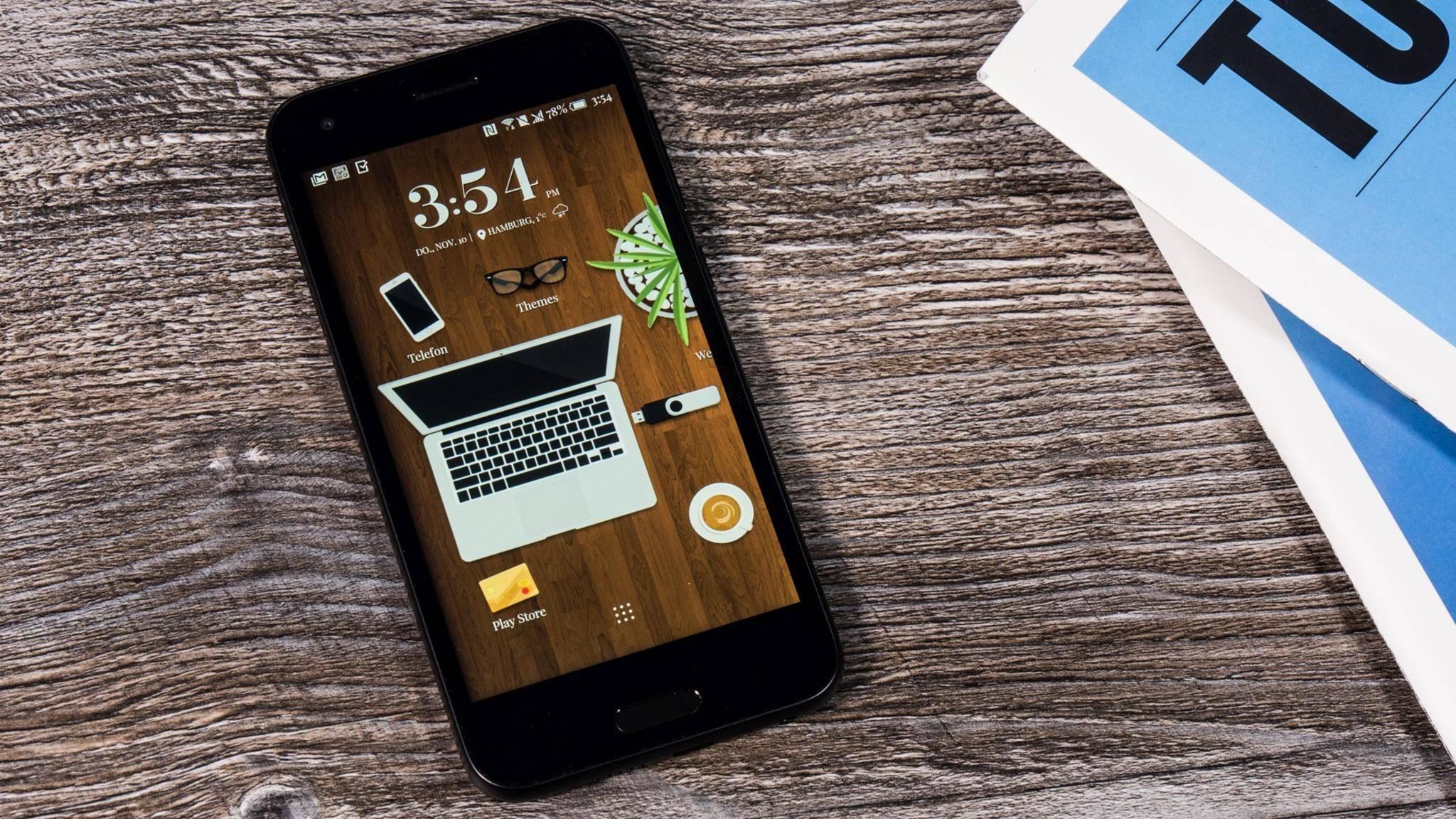 Das HTC A9s bietet ein sehr stabiles Metall-Gehäuse.