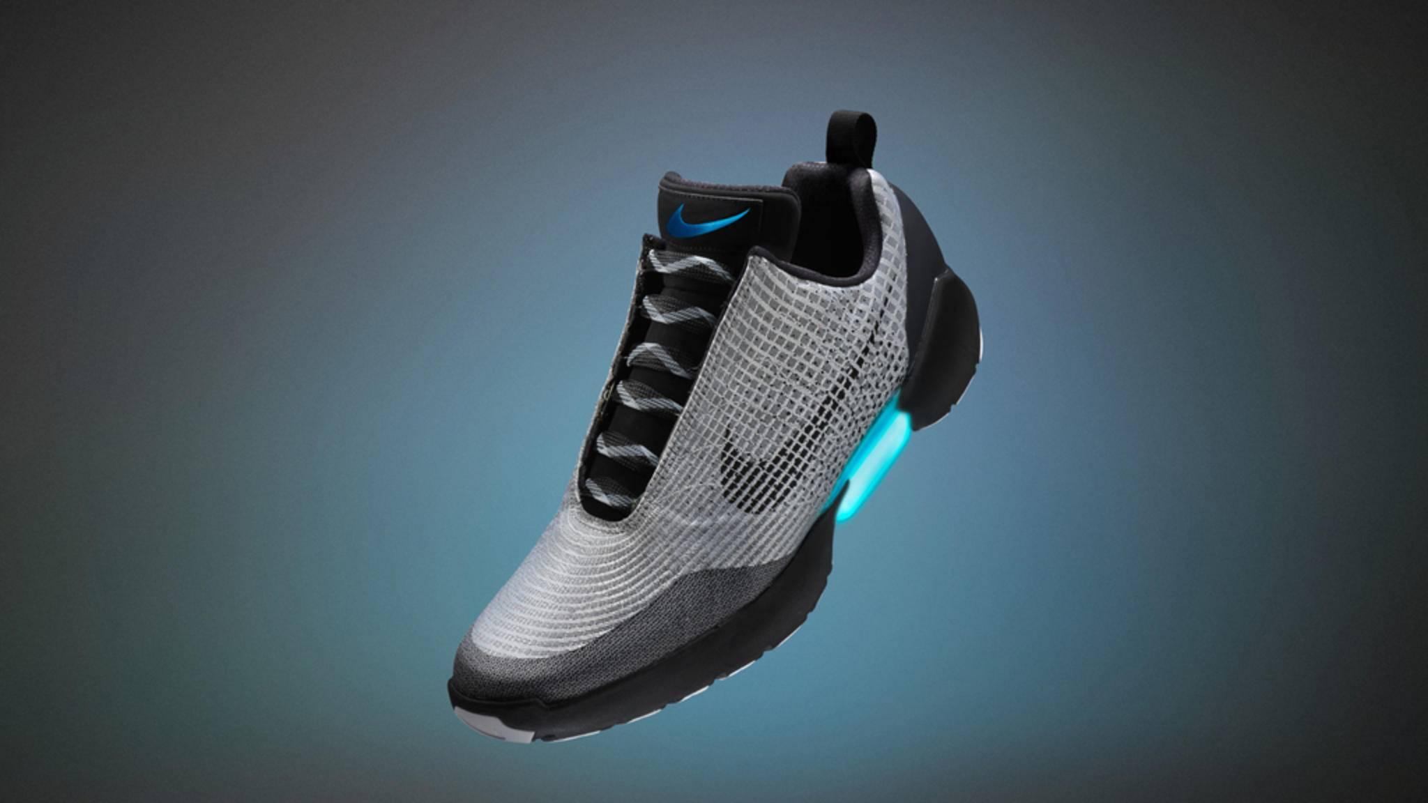 Der HyperAdapt von Nike macht das Schnüren überflüssig.