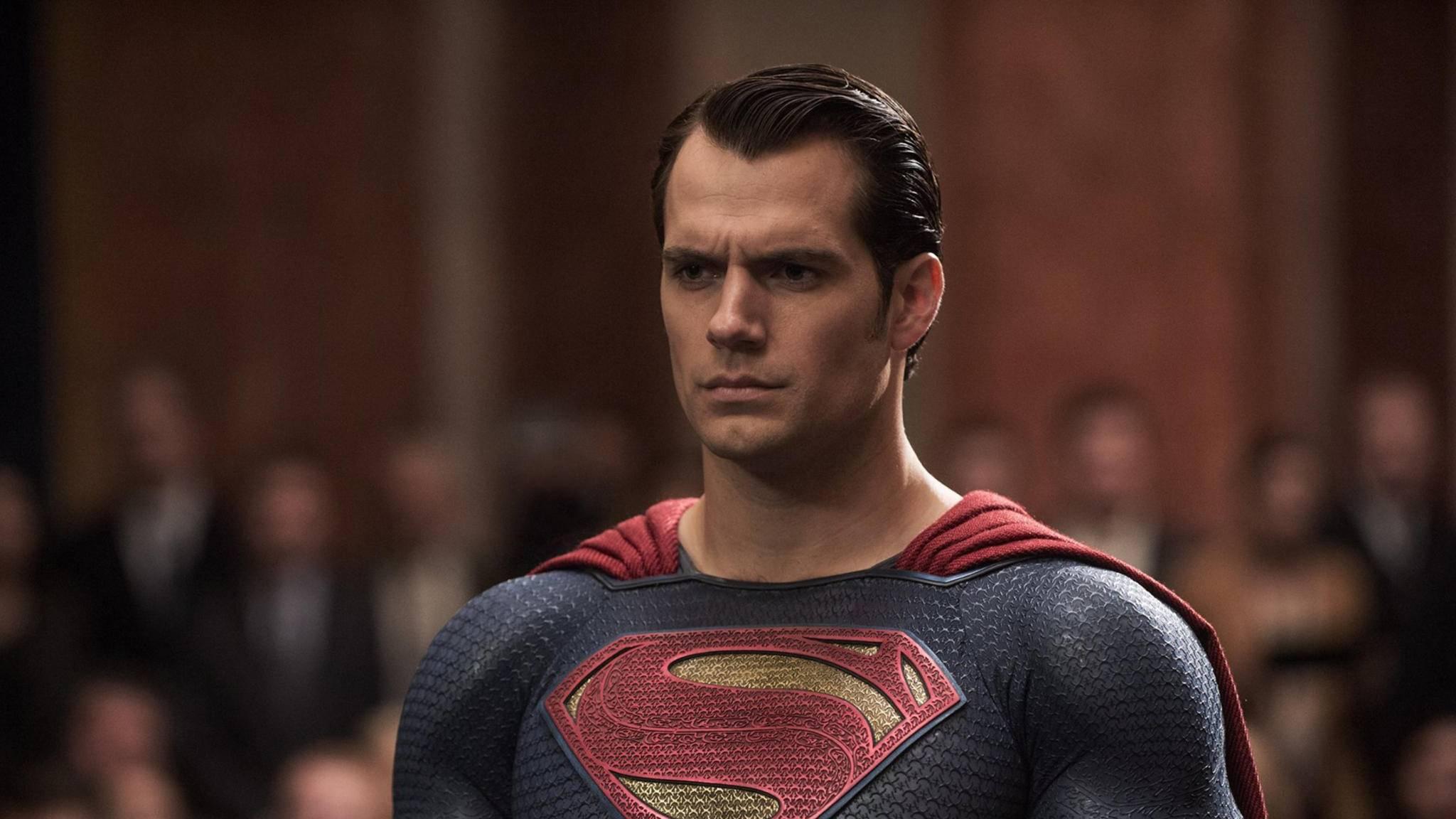Superman bleibt hart und seine Lippen fest verschlossen.