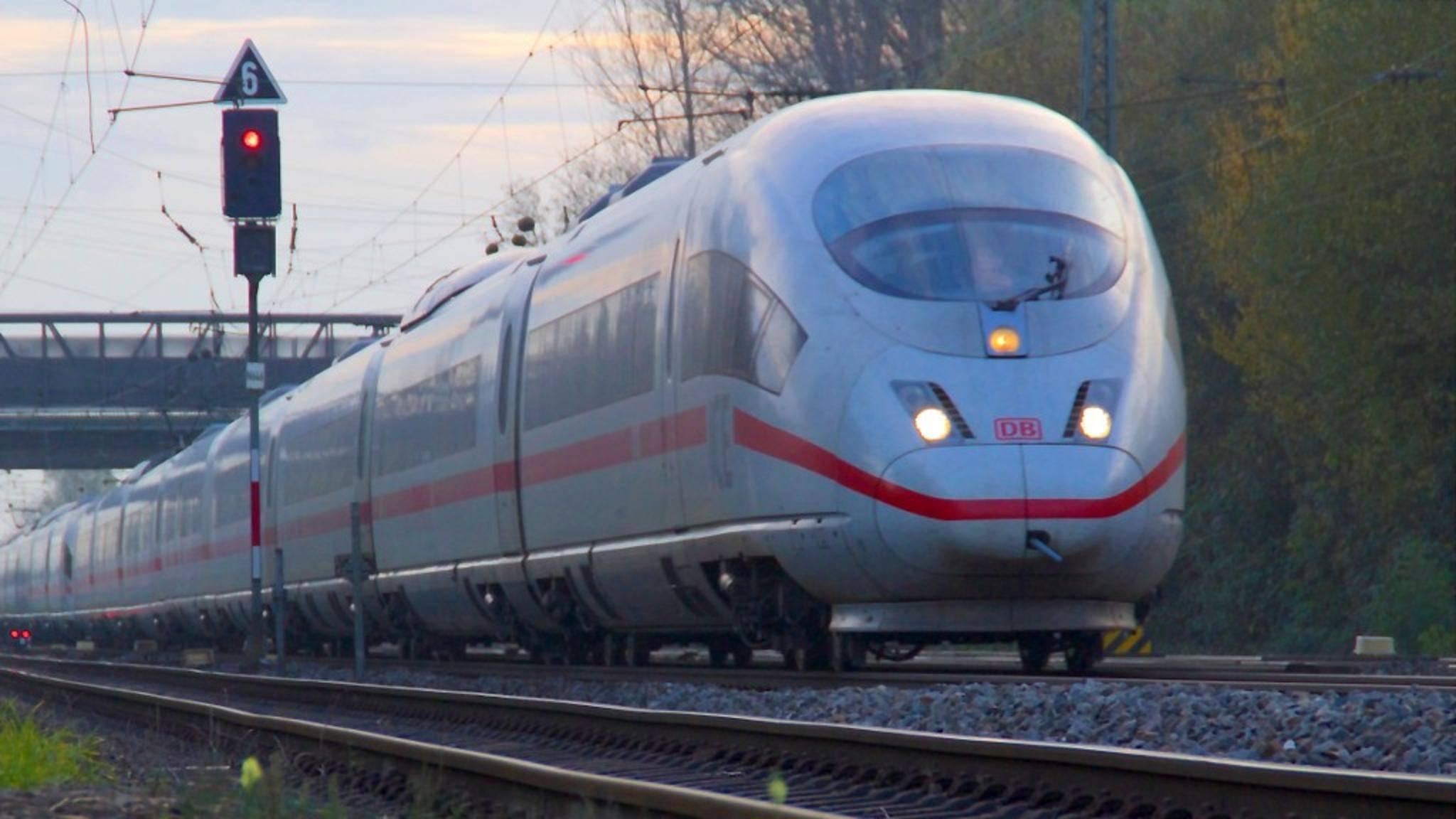 Die Bahn drosselt ihr kostenloses WLAN schon nach 200 Megabyte.