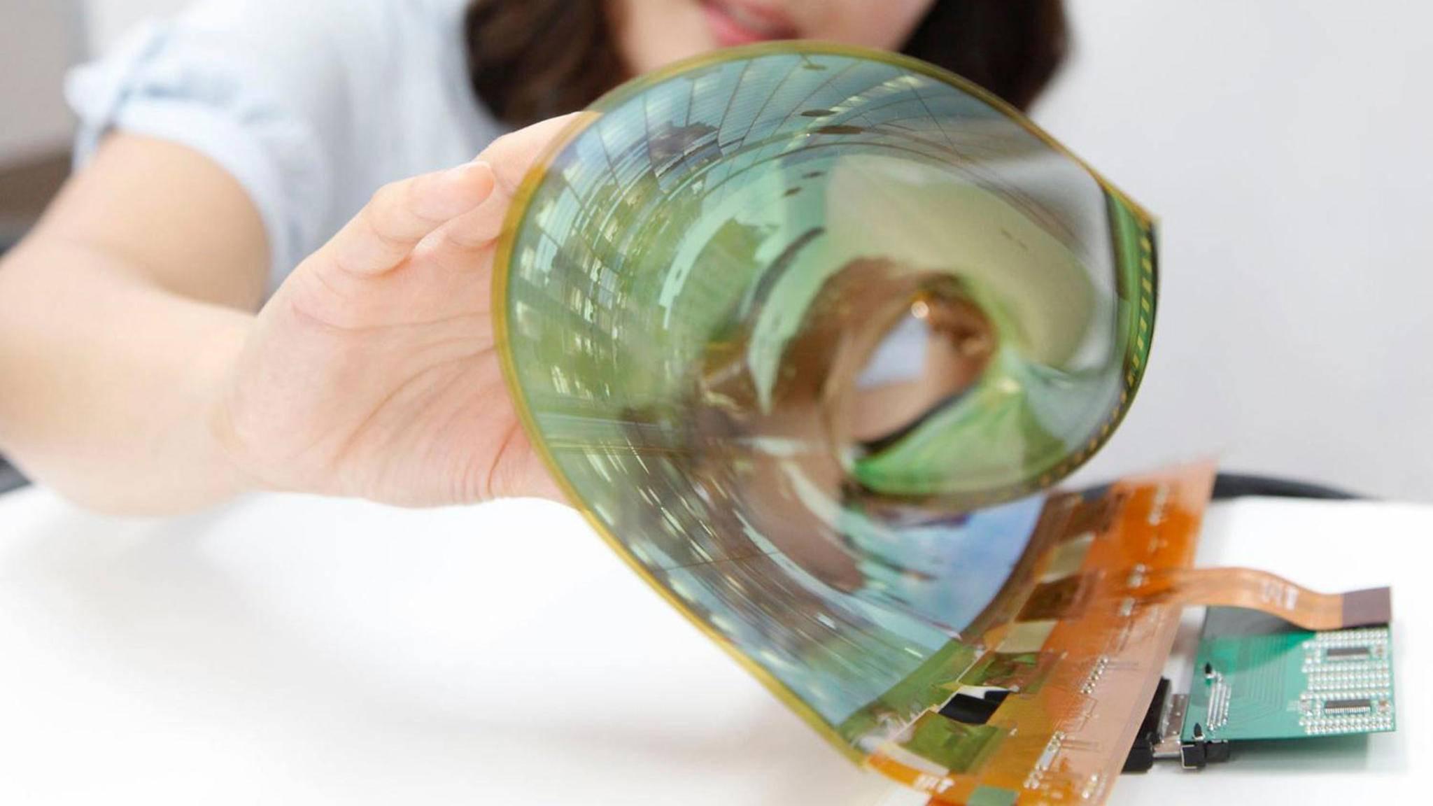 Egal, ob rollen oder falten: OLED ermöglicht vieles.