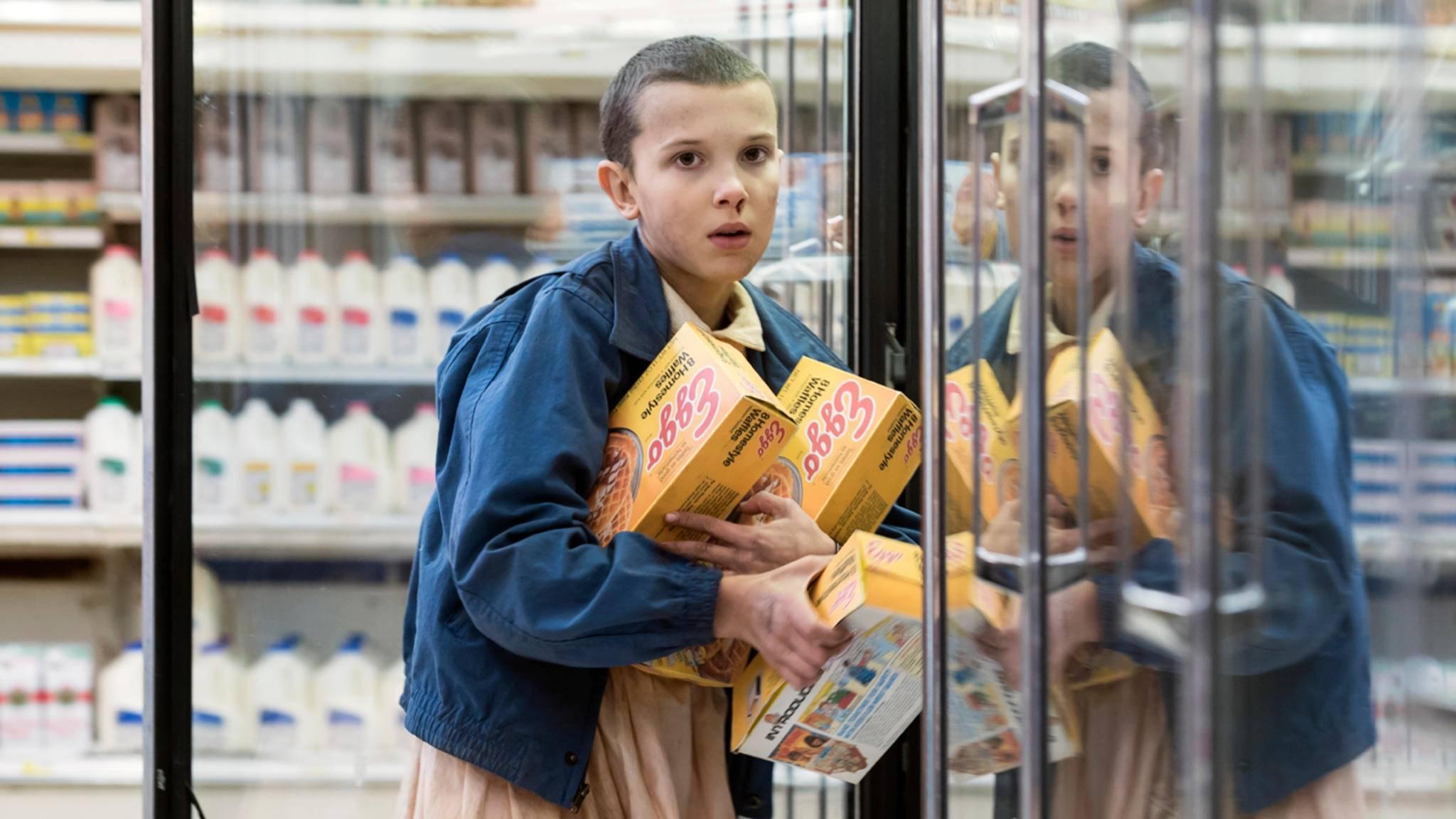 """Eleven (Millie Bobby Brown) ist offenbar auch in Staffel 2 von """"Stranger Things"""" dabei."""