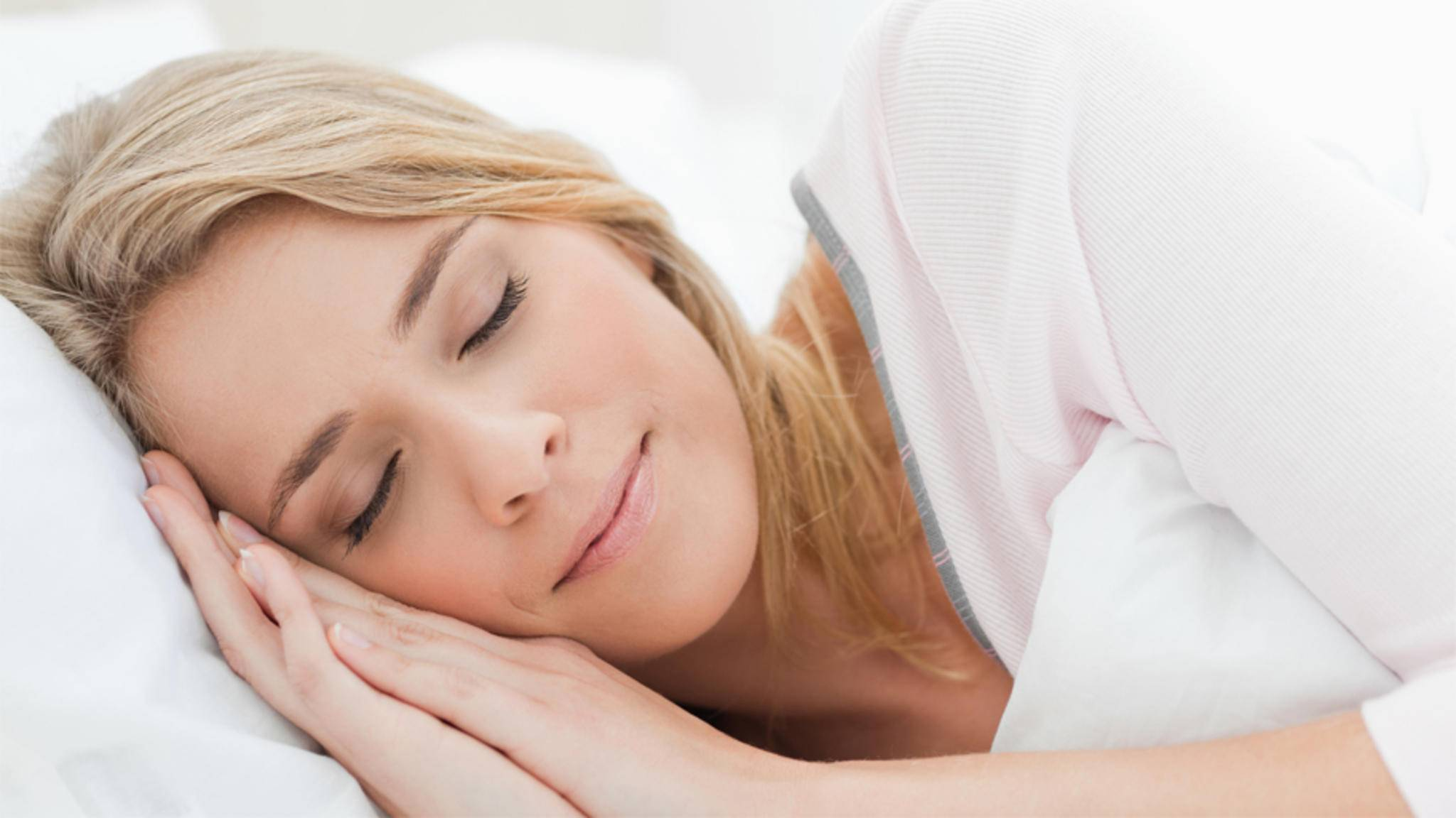Schlafen ist gesund – Schlafmangel hingegen kann schlimme Folgen haben.