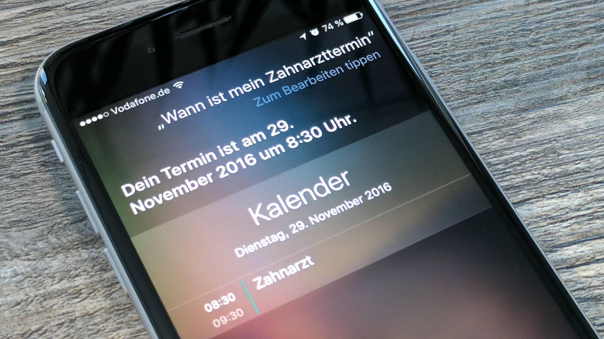 Sind mehrere Personen beteiligt, versendet Siri auch Einladungen zum neuen Termin.