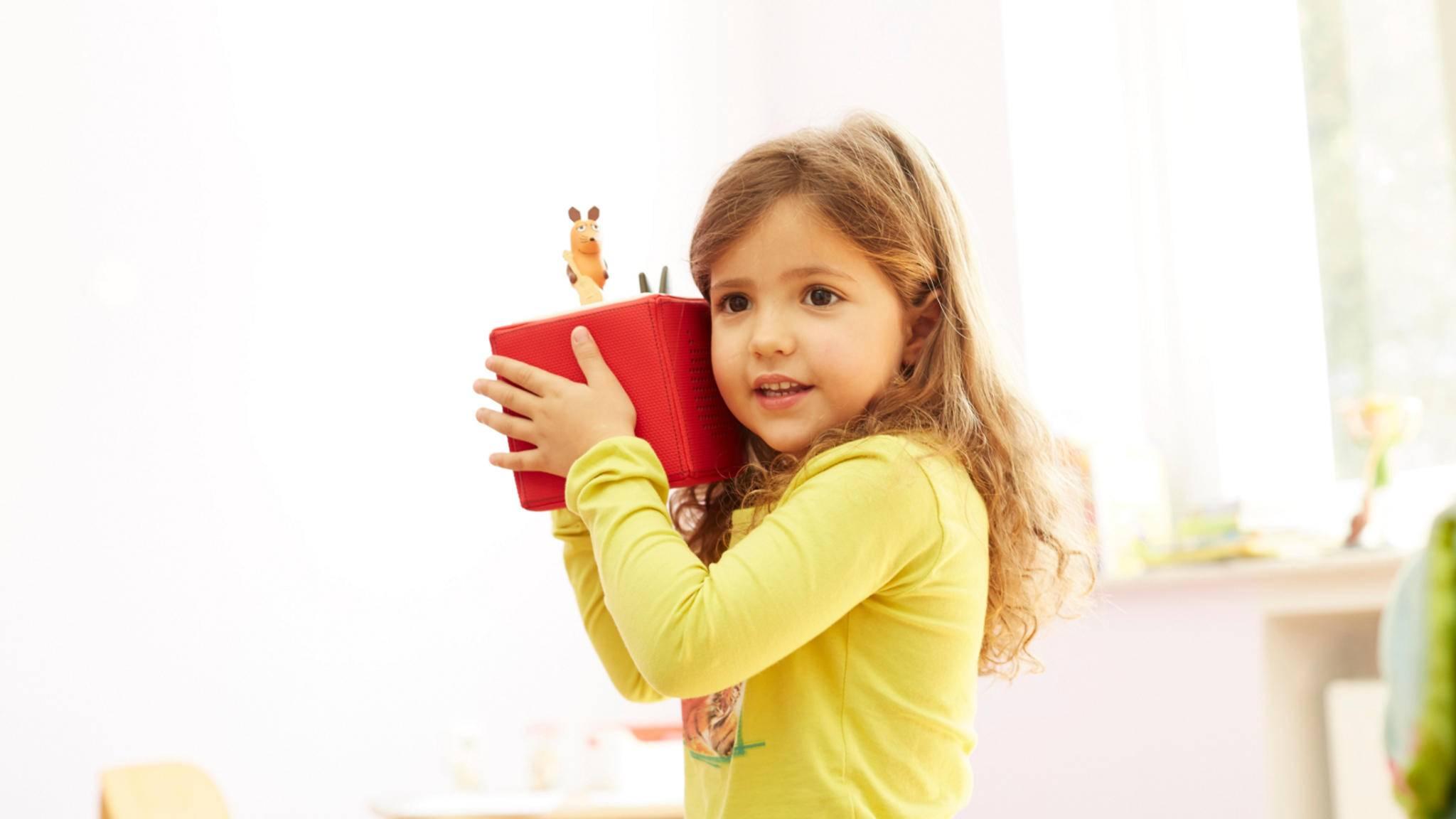 Die Toniebox ist stoßfest, wasserabweisend und ein echter Hingucker fürs Kinderzimmer.