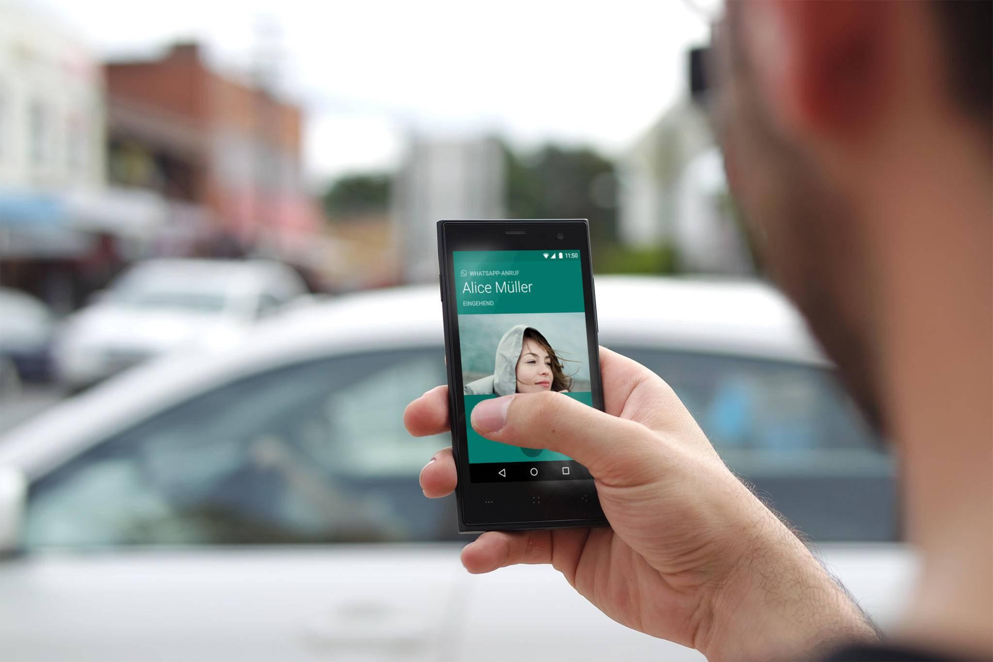 WhatsApp benötigt zum Versenden von Fotos Zugriff auf den Android-Speicher.