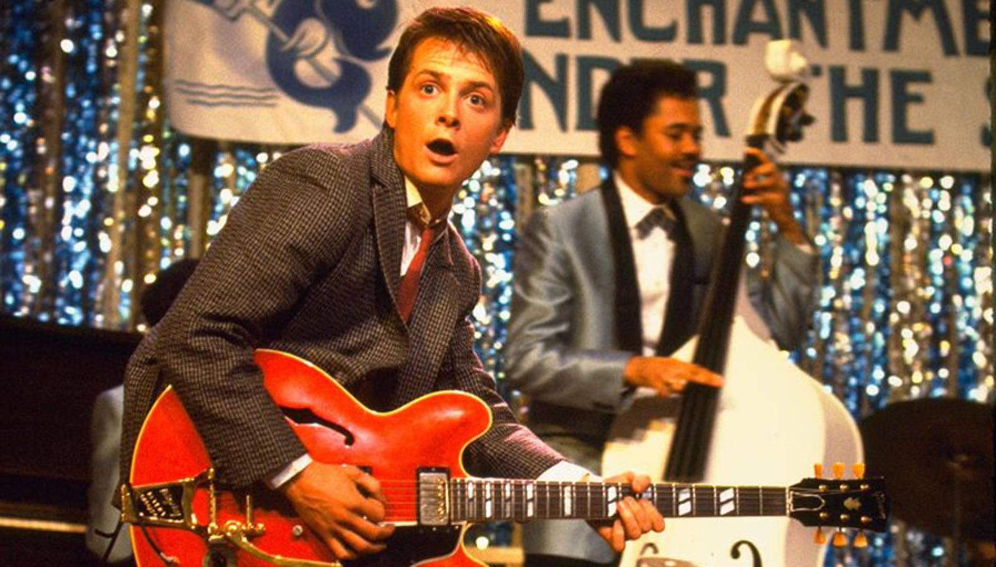 """Wenn Marty McFly """"Johnny B. Goode"""" spielt, hält es niemanden mehr auf den Sitzen!"""