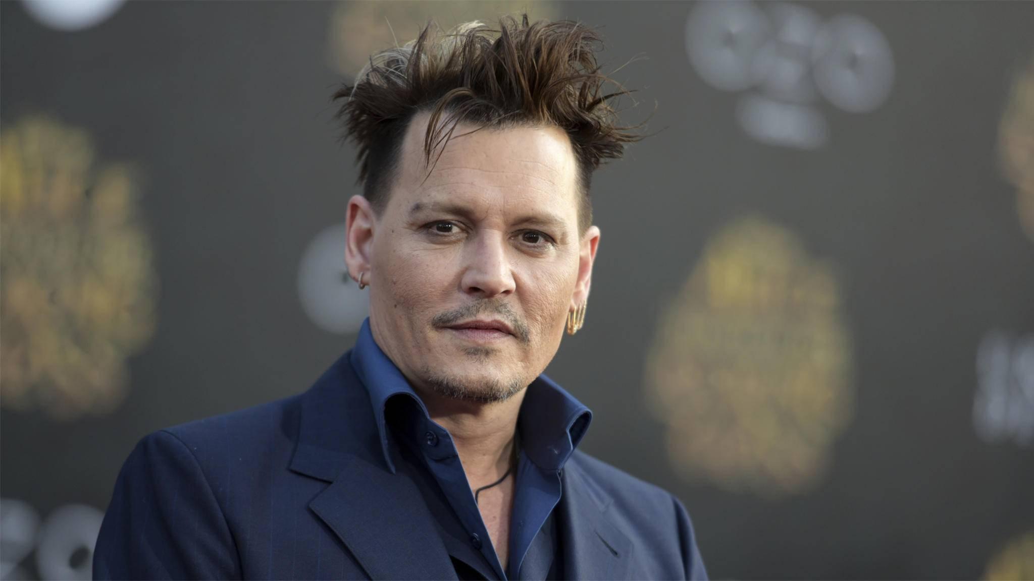 Johnny Depp wird Teil der magischen Welt rund um Harry Potter.