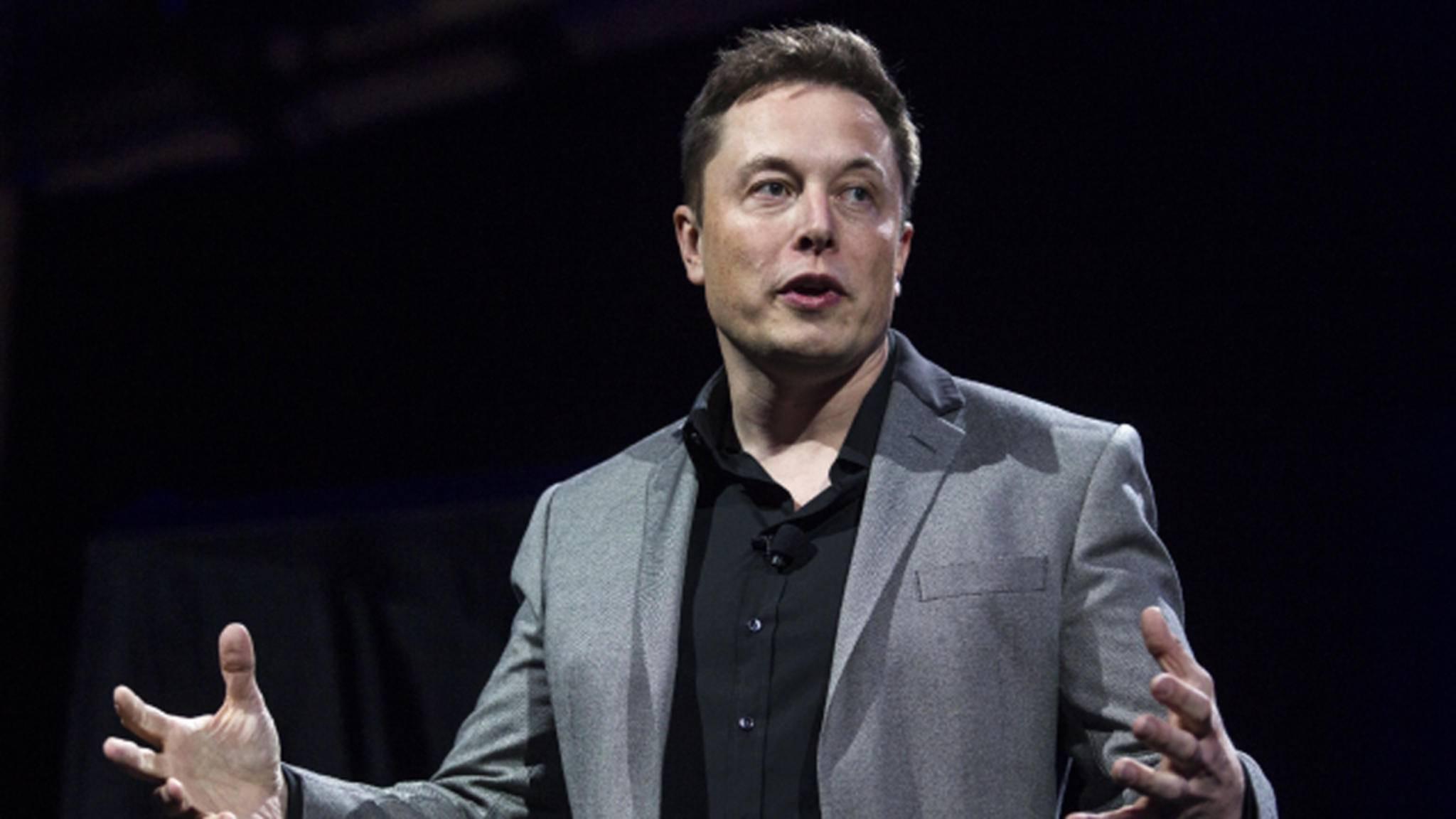 Elon Musk schwärmt von neuem Solardach.