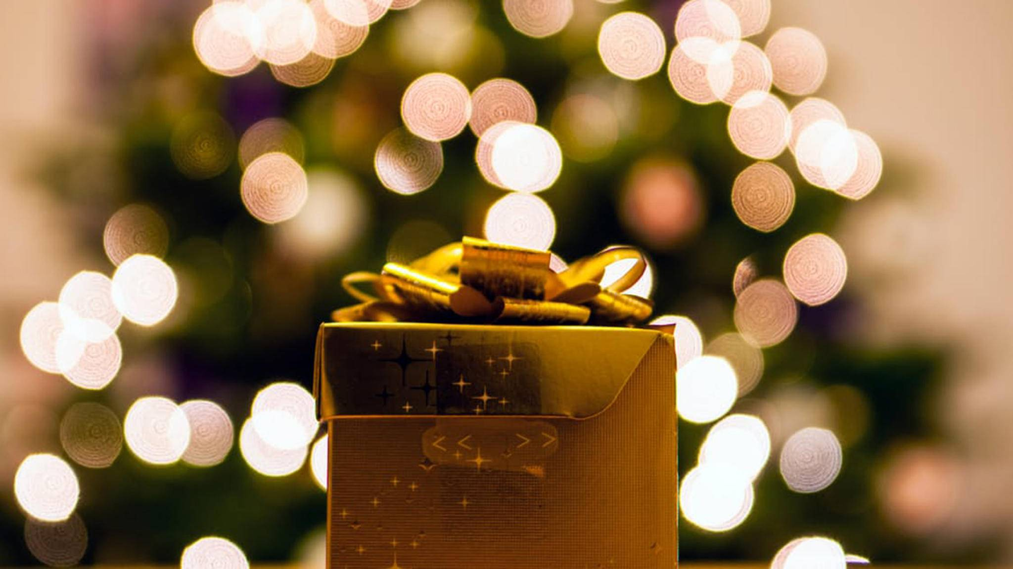 Wichteln macht den Austausch von Weihnachtsgeschenken spannend und nimmt den Druck.
