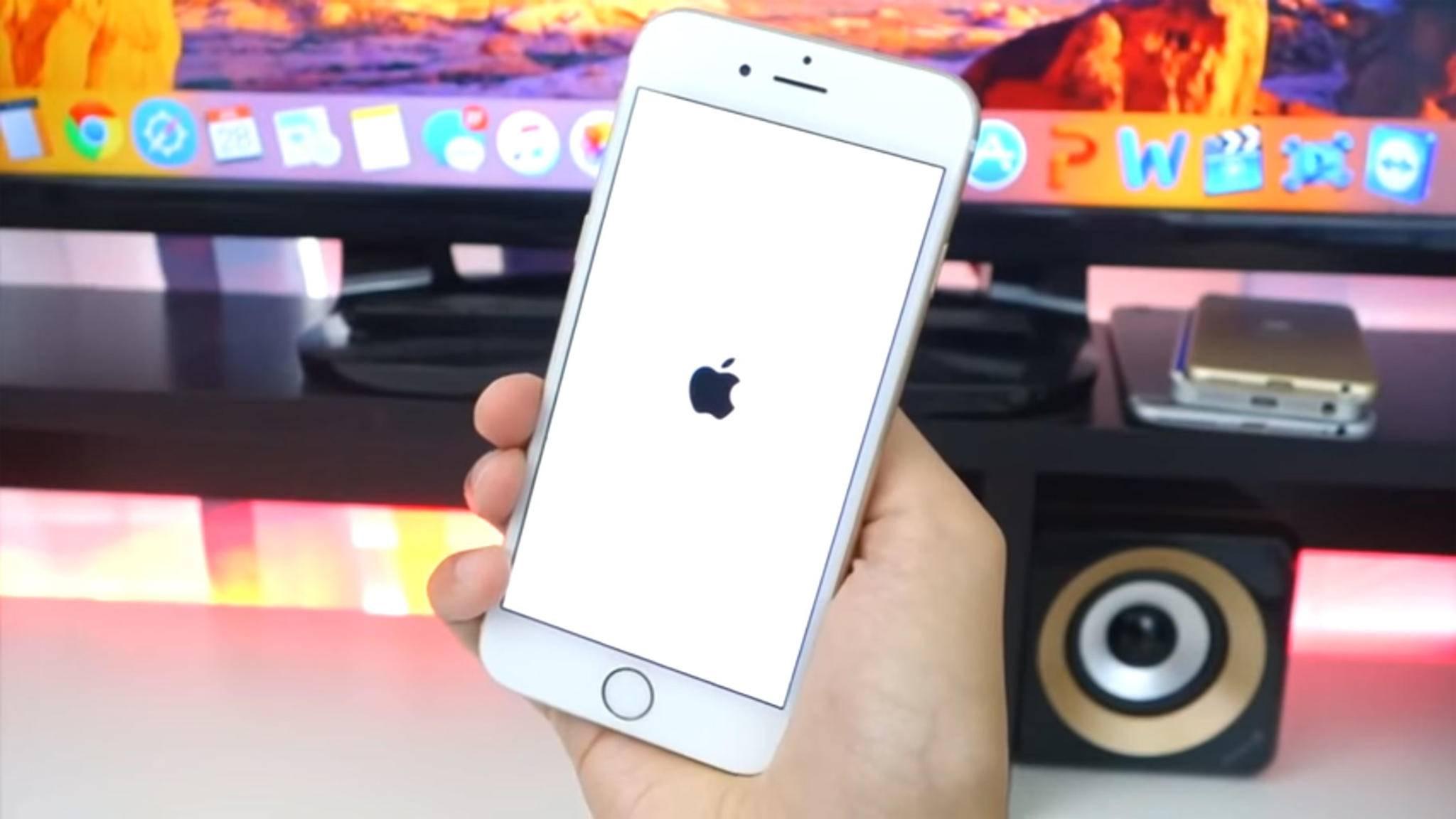 iReagiert das iPhone nicht mehr, hilft oftmals ein erzwungener Neustart weiter.