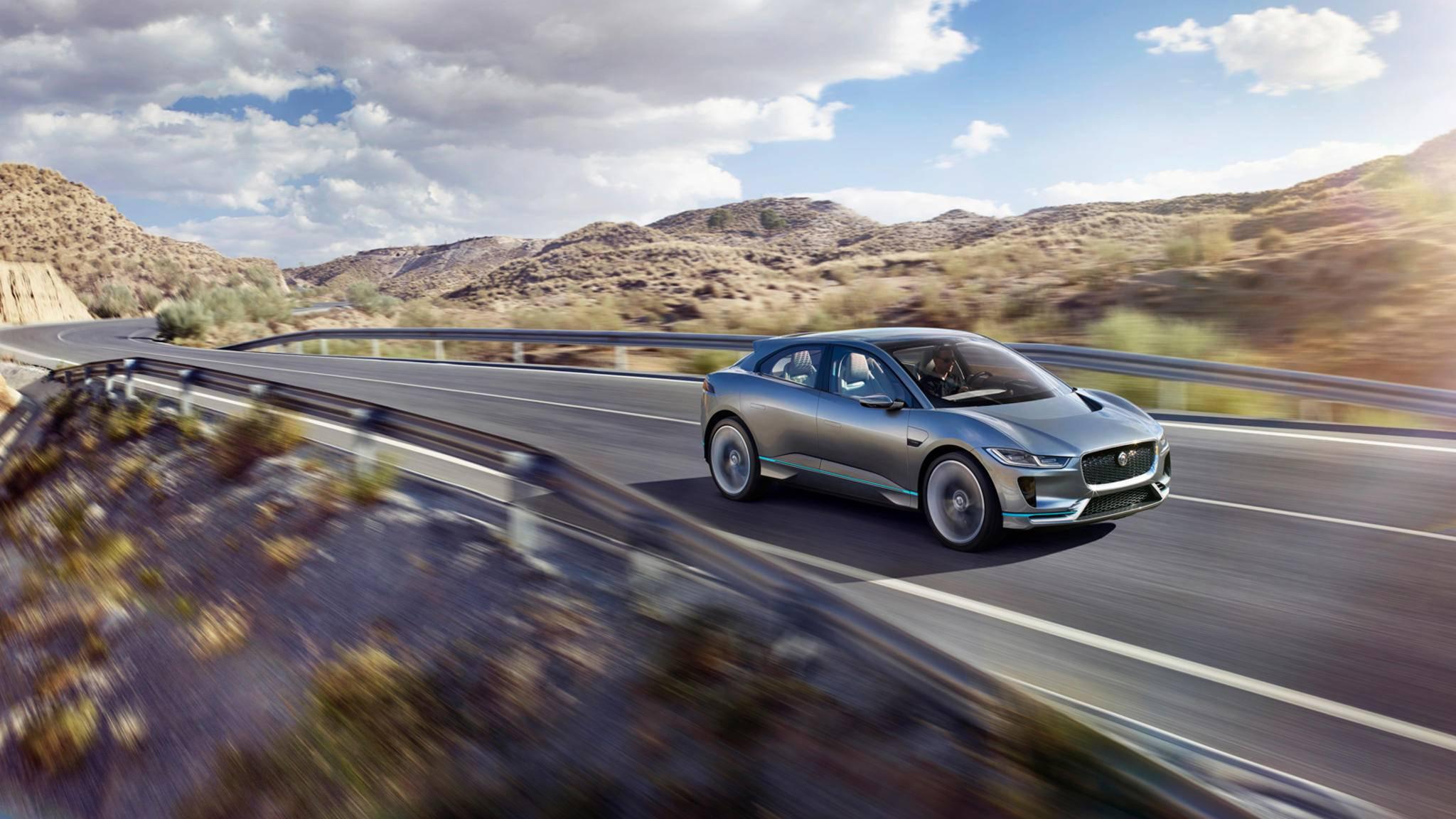 Da kommt was auf uns zu: Jaguars erstes Elektroauto I-PACE setzt neue Maßstäbe für Autopräsentationen.