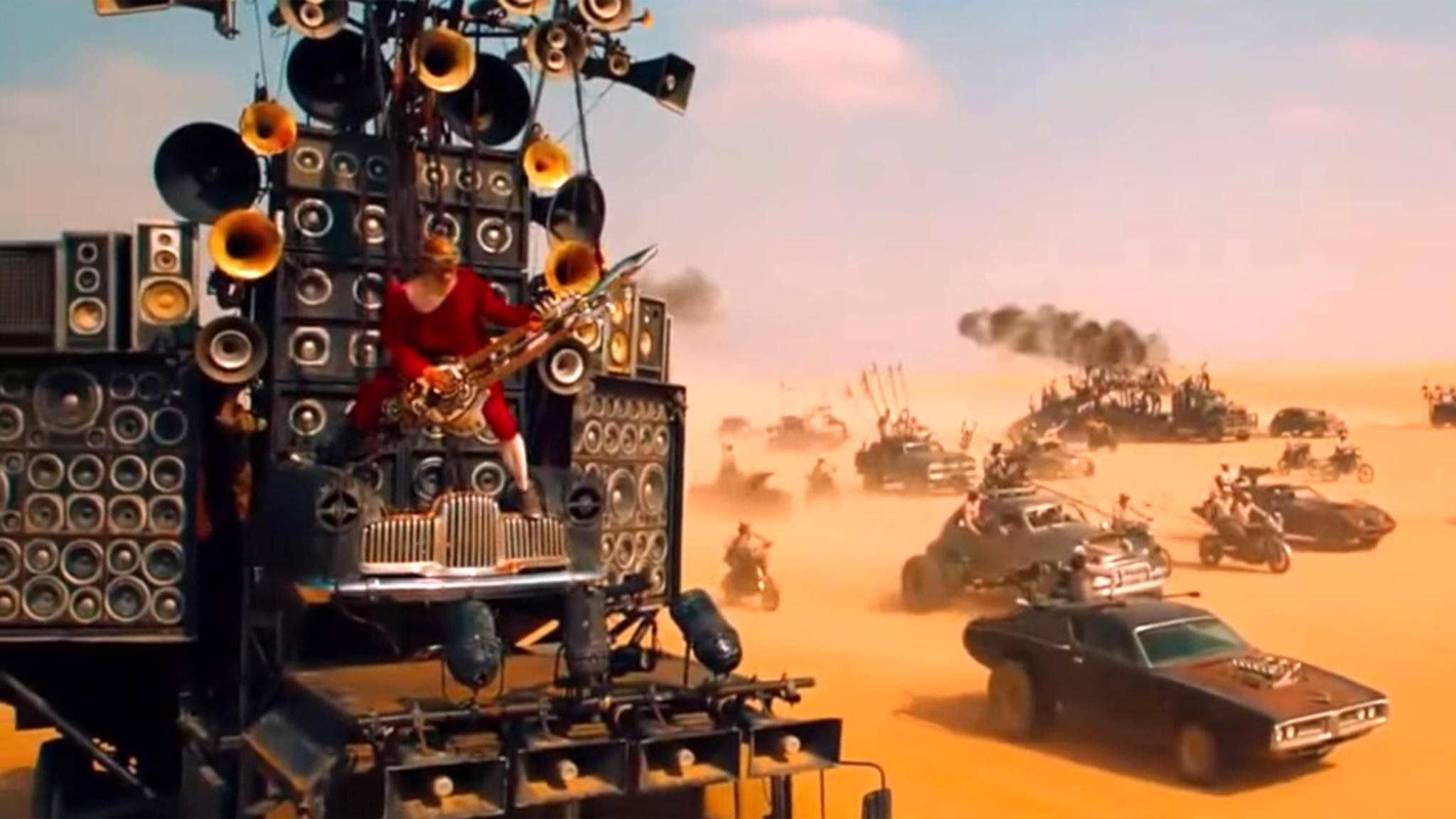 """Ganz so massig muss Deine Anlage nicht sein, um """"Mad Max: Fury Road"""" angemessen genießen zu können. Aber: Surround Sound wertet das Wüstenspektakel enorm auf!"""