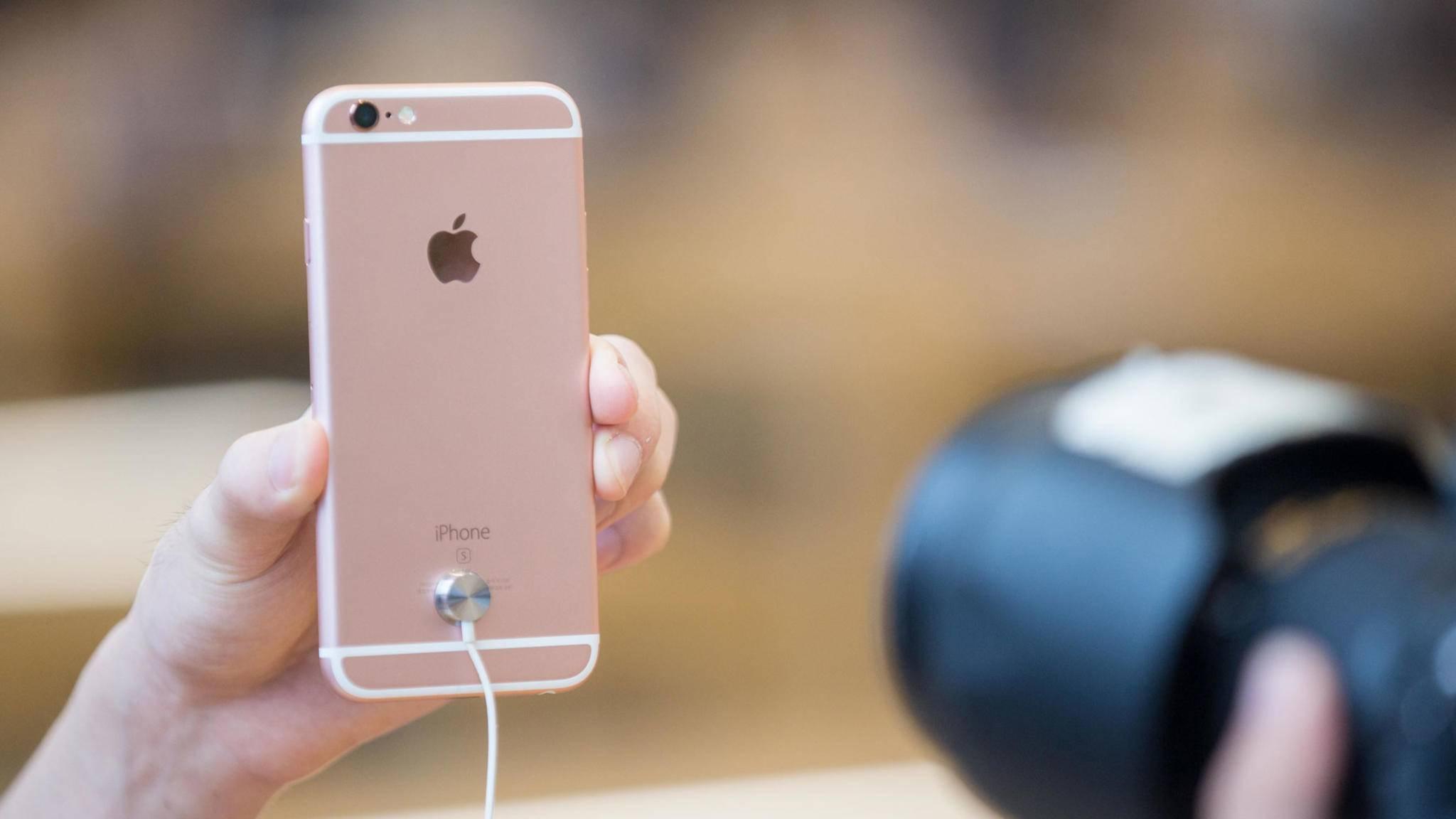 Nicht nur das iPhone 6s soll Probleme mit dem Akku haben.