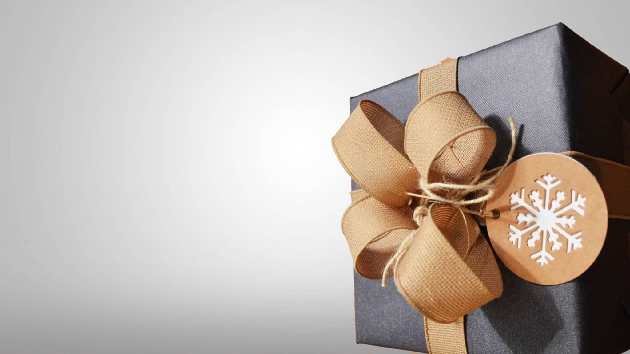 Auch für Menschen, die alles haben, gibt es Geschenkideen en masse. Allerdings lassen sich nicht alle hübsch verpacken...